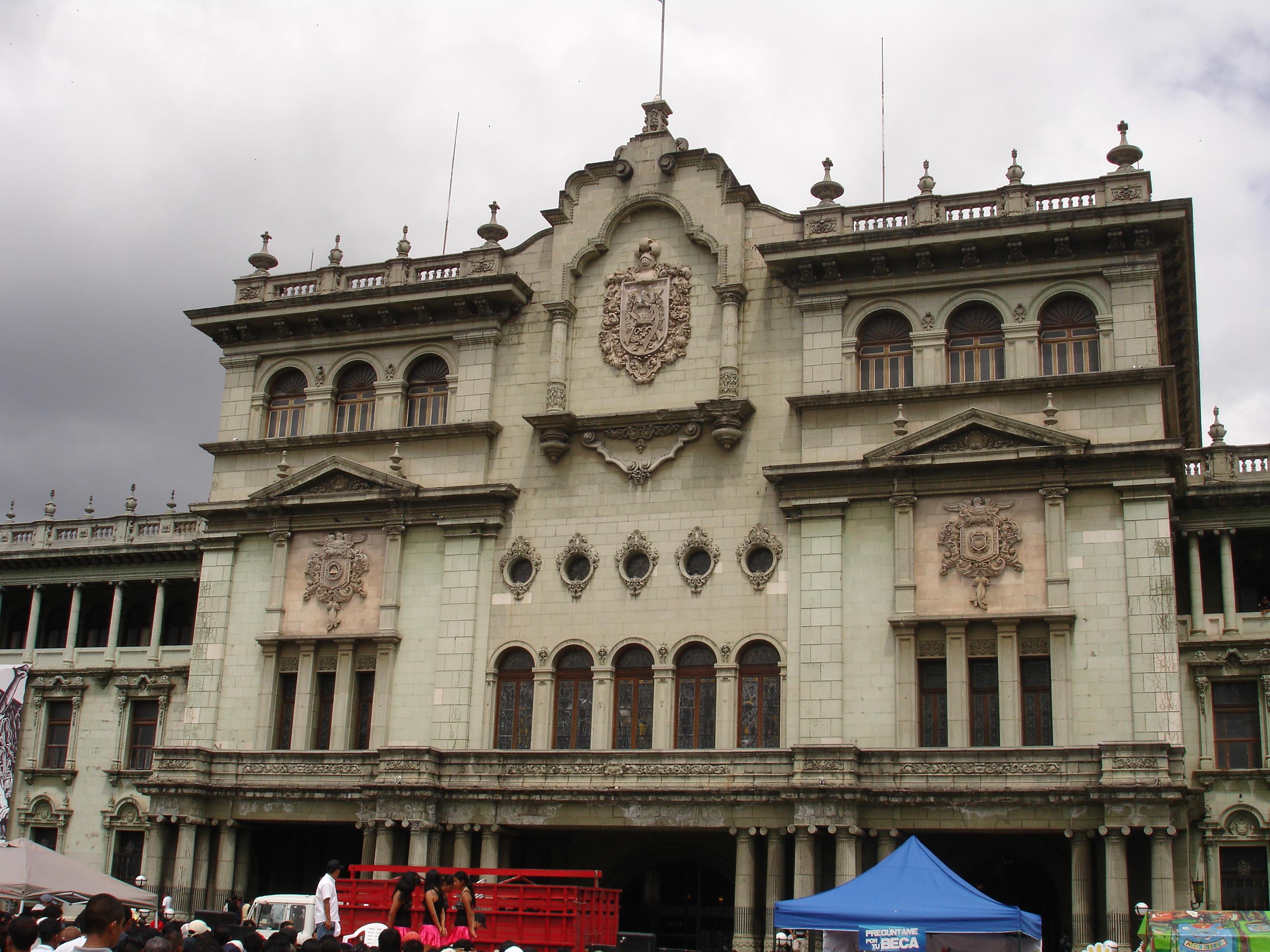23 de marzo de 1982: golpe de estado contra el general Romeo Lucas García