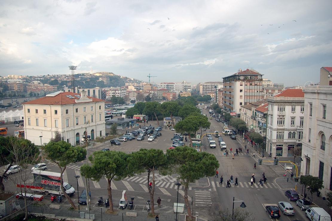 Stazione di Pescara - Wikipedia