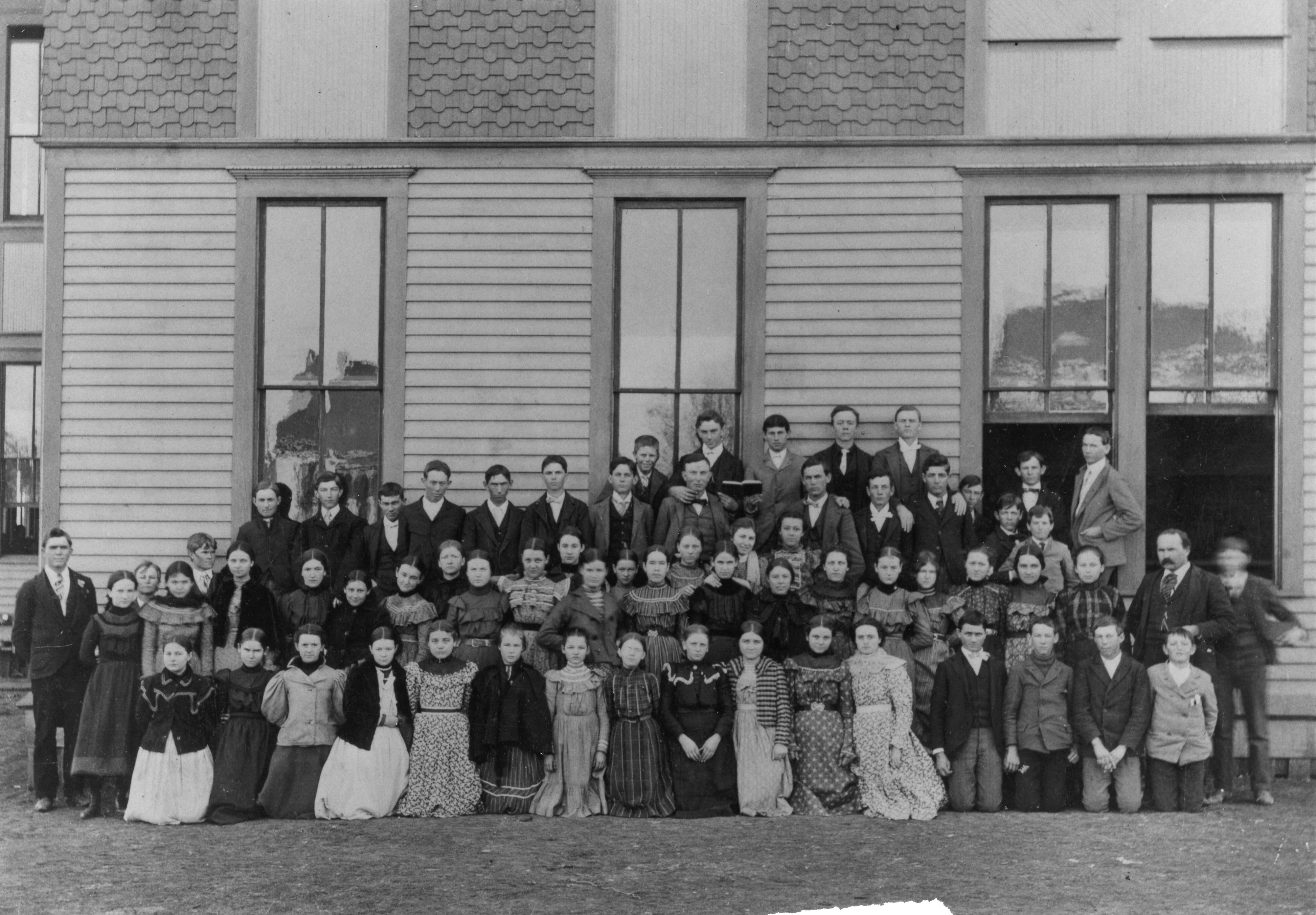 Plano School photo from 1898