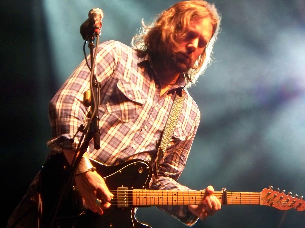 """Il chitarrista dei Black Crowes Rich Robinson pubblicherà """"The Ceaseless Sight"""" la prossima primavera"""