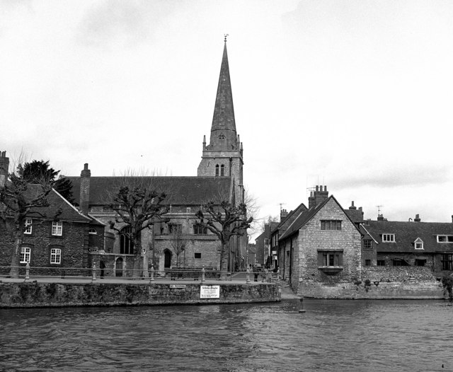 River Thames, Abingdon: St Helen's Wharf and Church. The 150-foot spire of the 14th century church was re-built 'out of perpendicular' in the mid-19th century. The copyright on this image is owned by Dr Neil Clifton and is licensed for reuse under the Creative Commons Attribution-ShareAlike 2.0 license.
