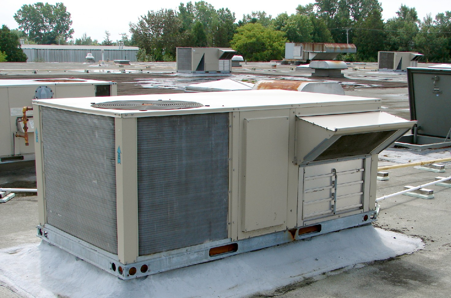 Archivo Rooftop Packaged Units Jpg Wikipedia La