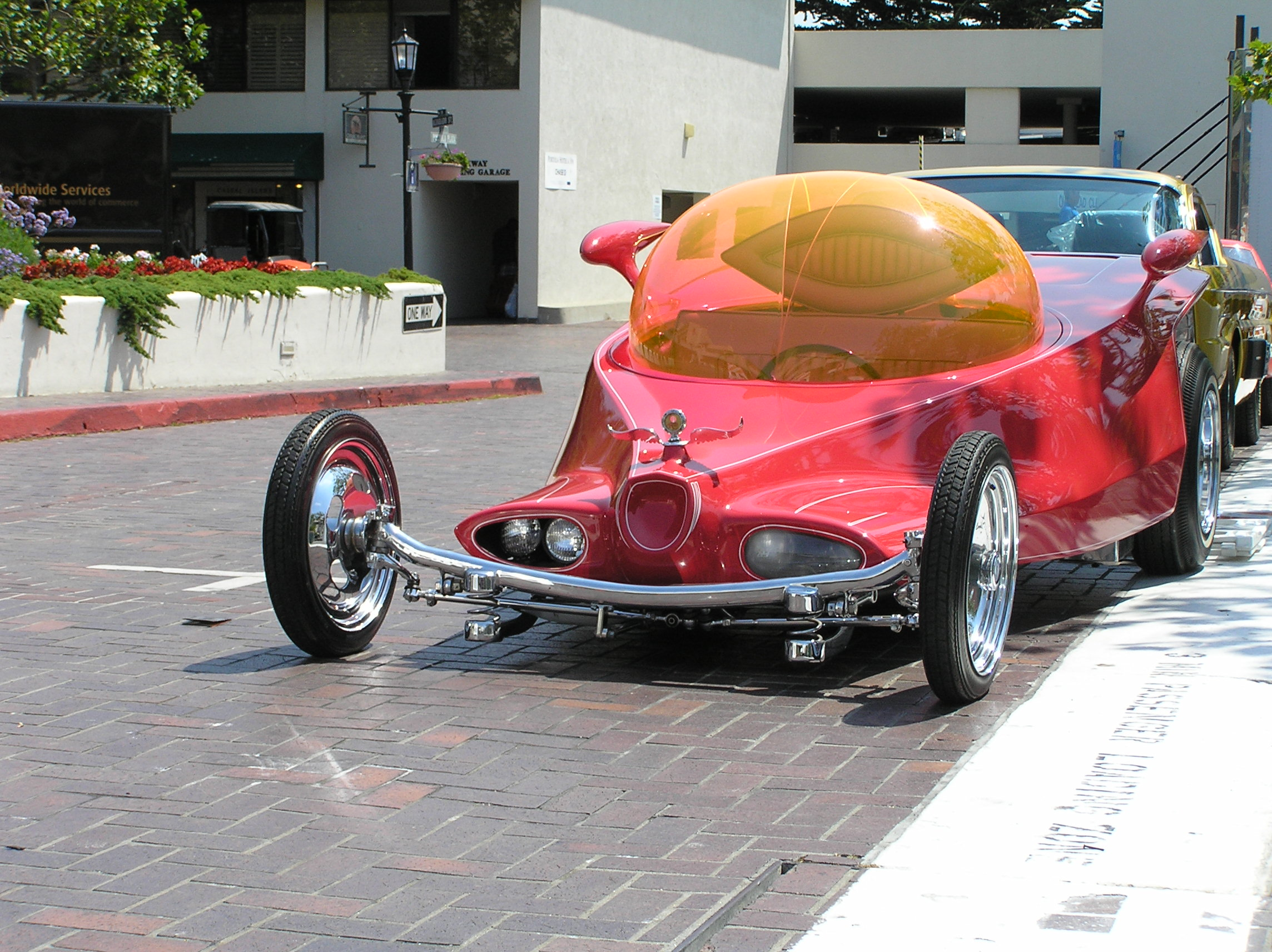 File:Roth - Classic and Custom Car auction, Monterey, 2009, 4 of 5 ...