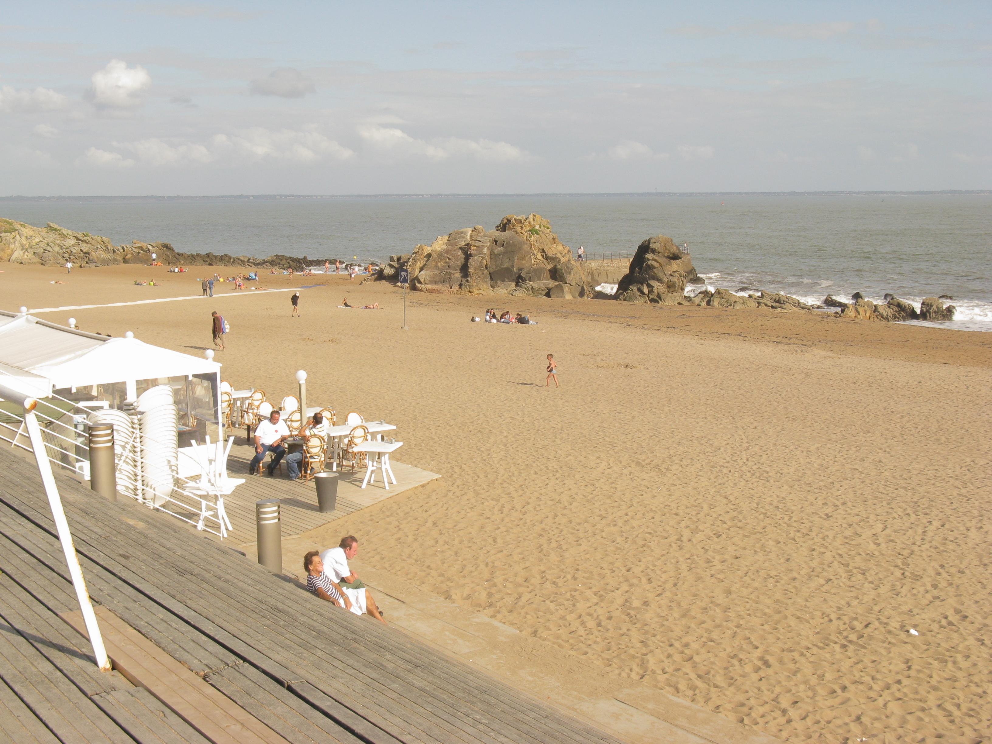 File saint marc sur mer plage de mr hulot jpg wikimedia commons - Cristaux de soude saint marc ...