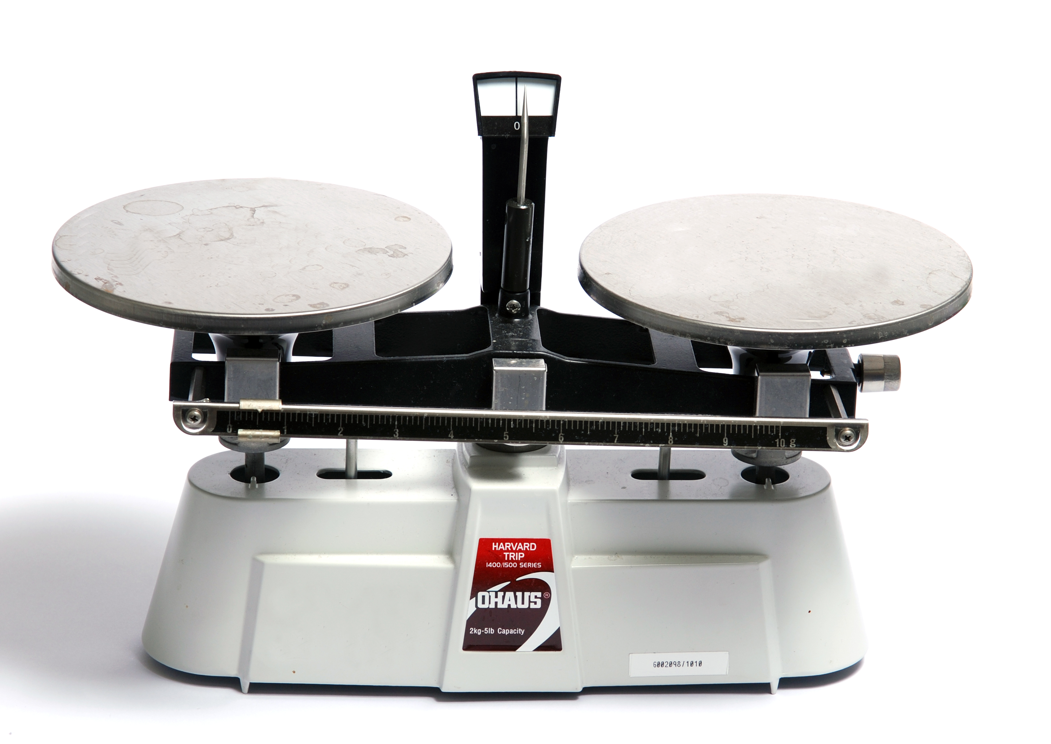 File:Simple balance scales-02.jpg - Wikimedia Commons
