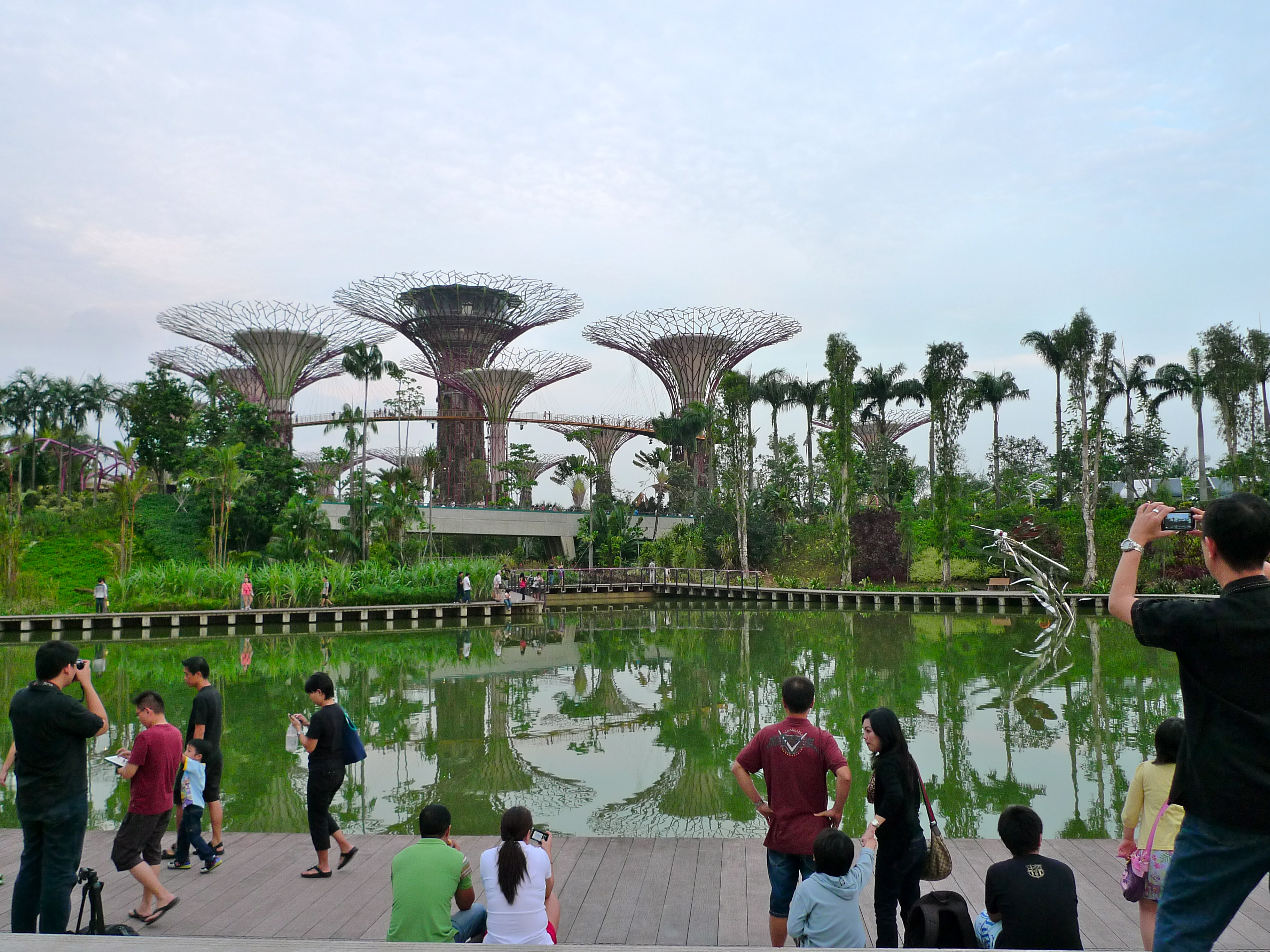 filesupertree grove gardens by the bay singapore