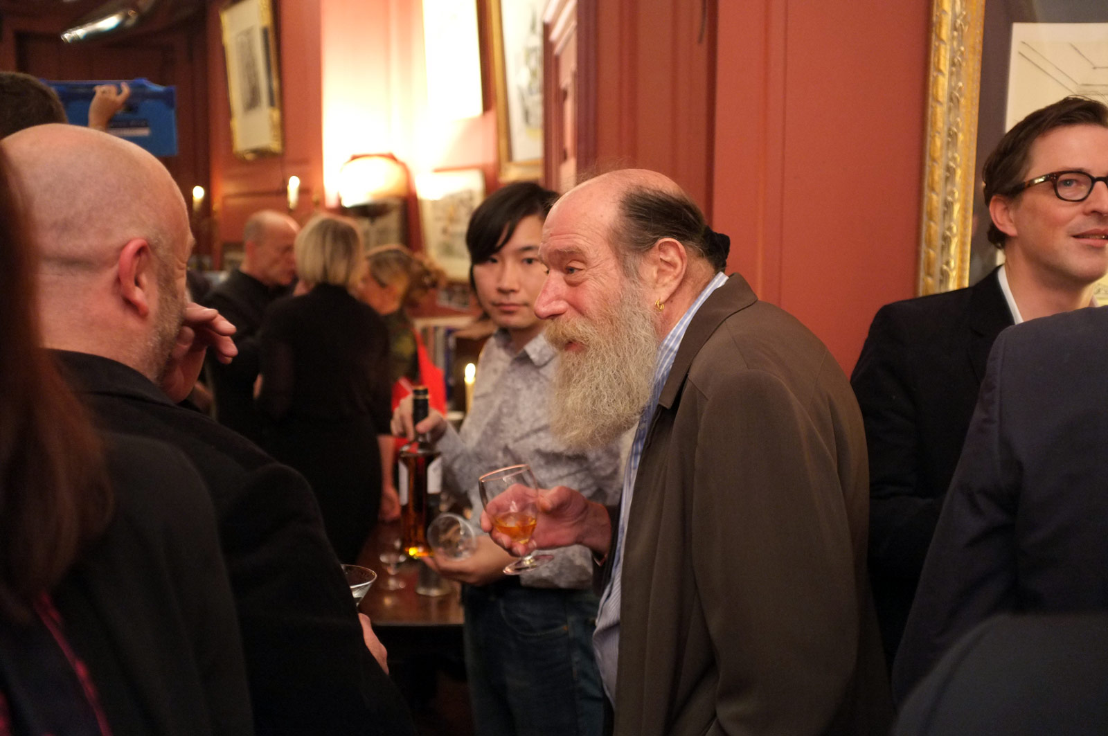 Image of Lawrence Weiner from Wikidata