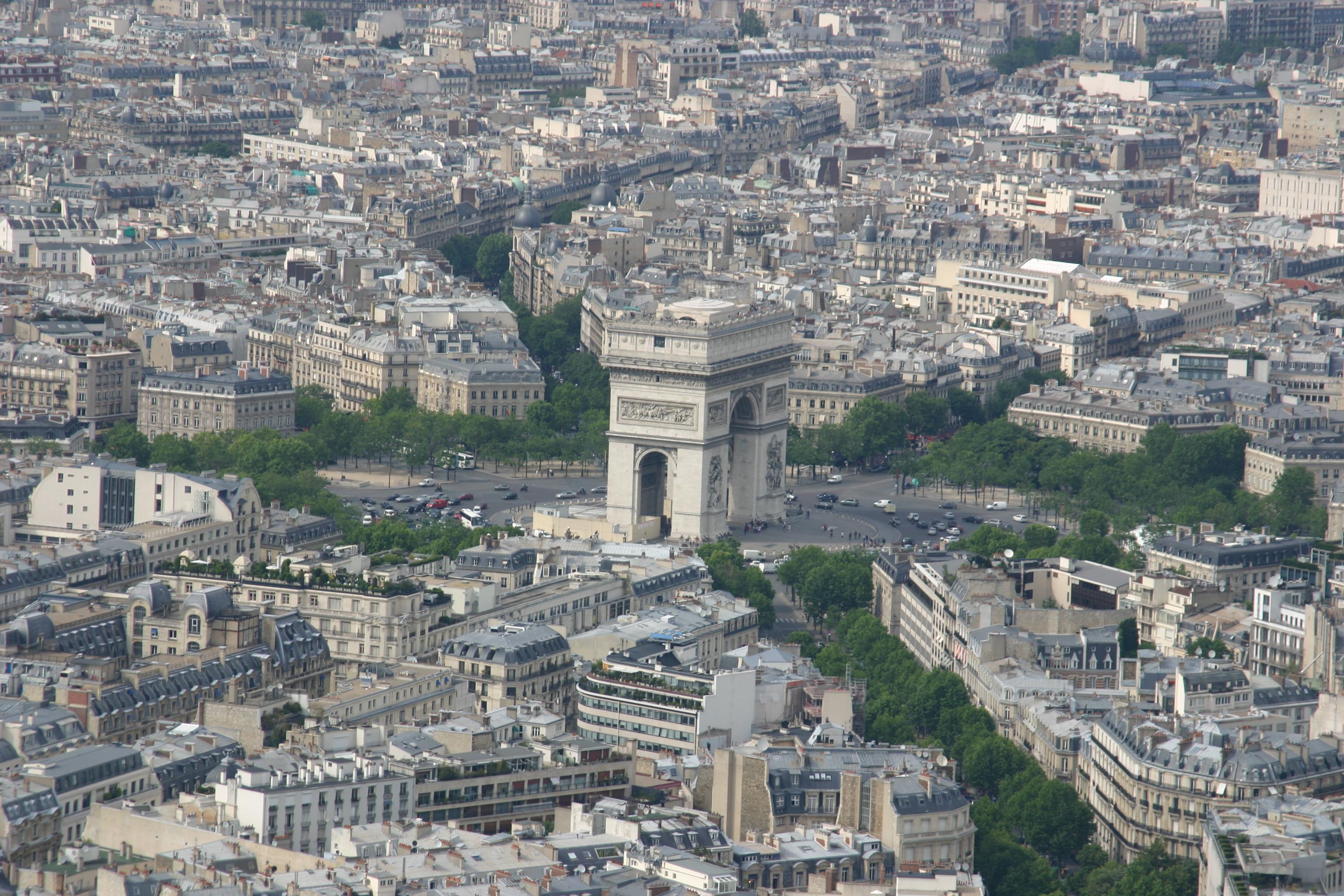 File:Tour Eiffel Arc de Triomphe.JPG - Wikimedia Commons