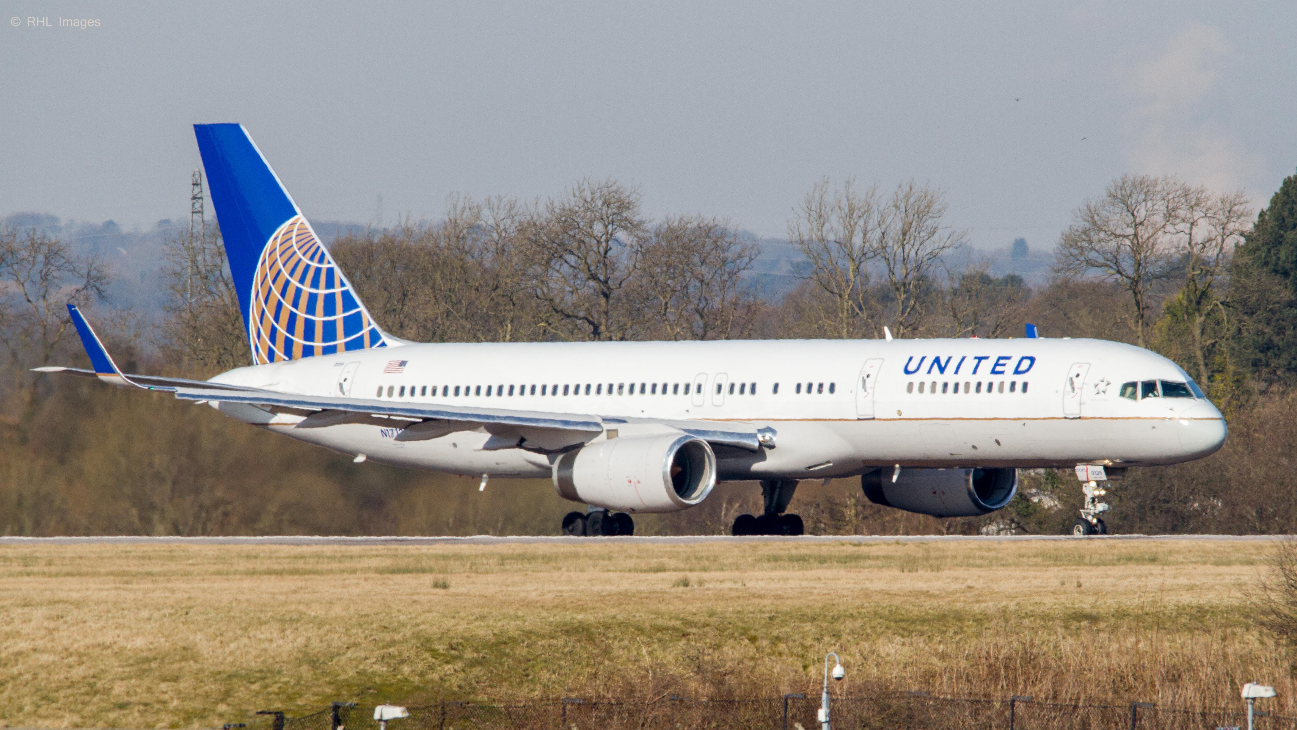 file united airlines b757 224 n17139 8601696700 jpg wikimedia