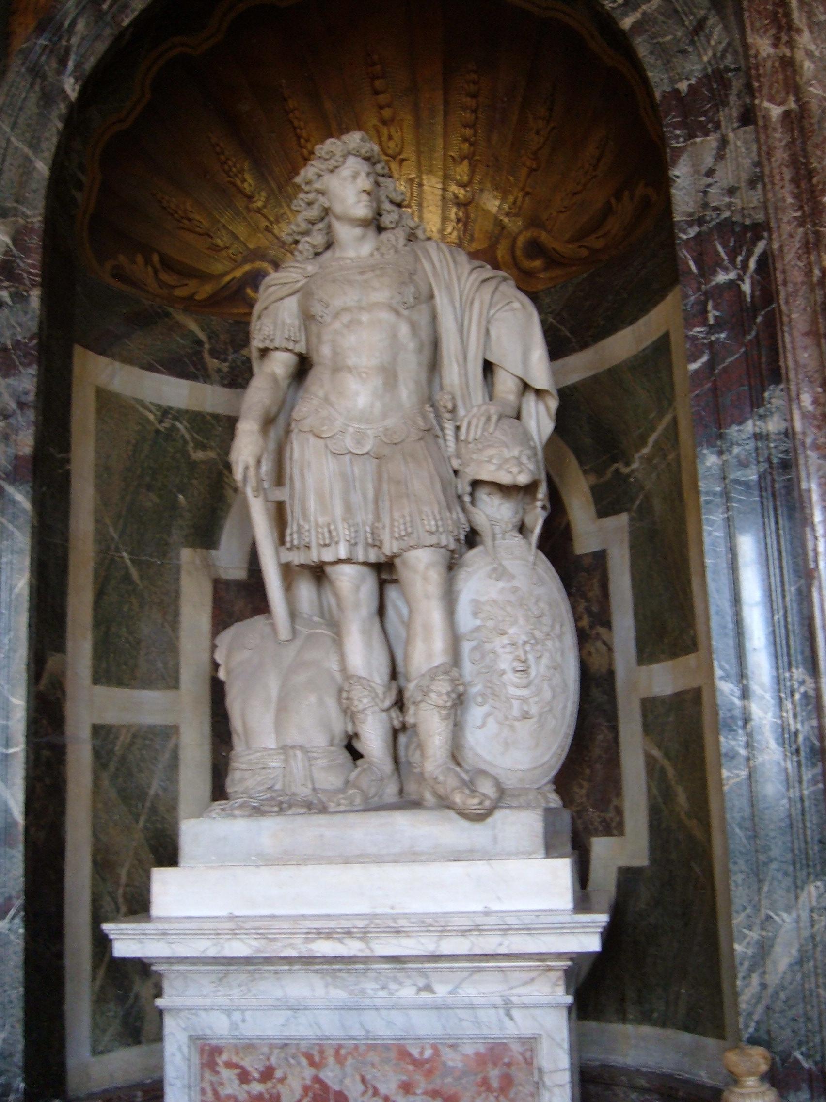 Louis xiv versailles and statue on pinterest - Salon du vin versailles ...