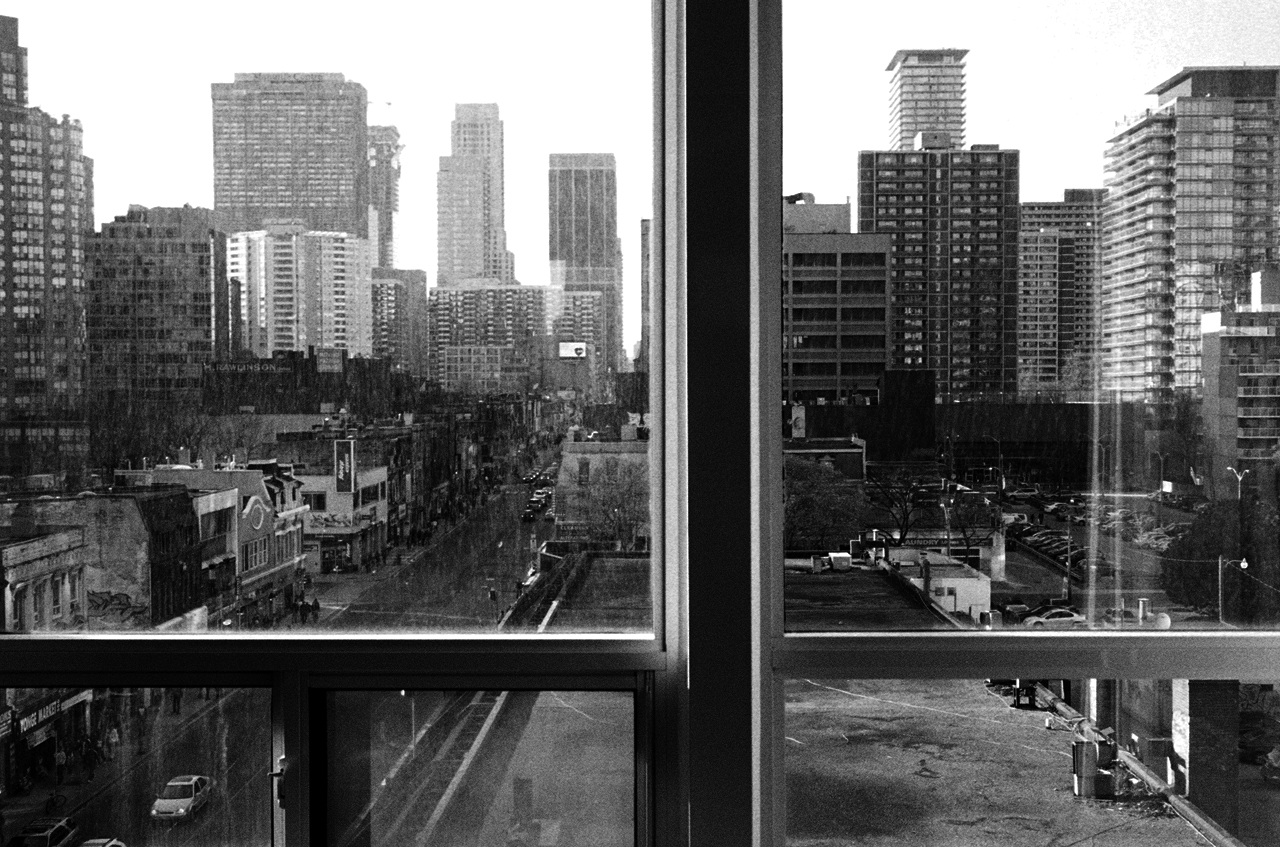 File Window View Looking North On Yonge Jpg Wikimedia Commons