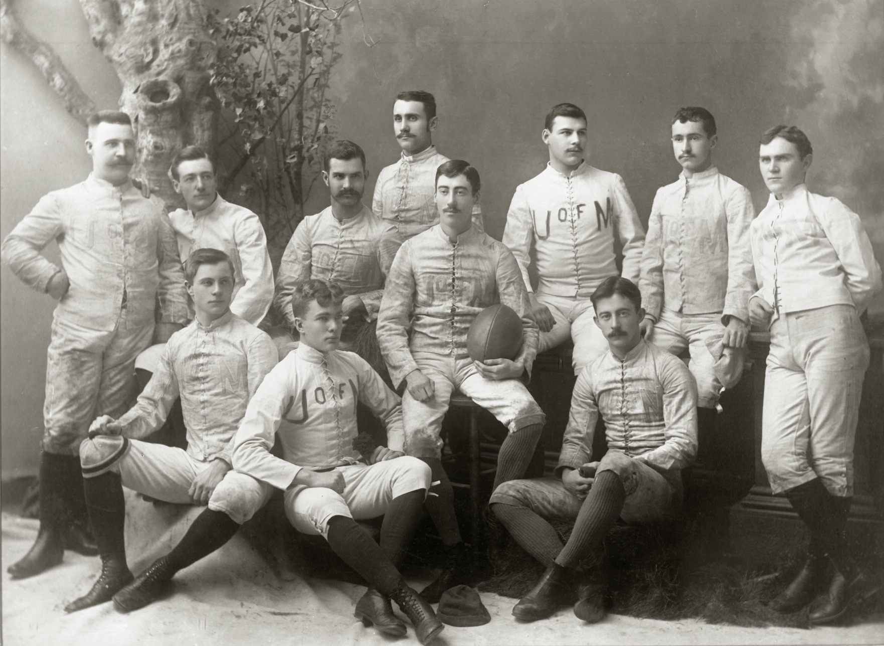 File:1887 Michigan Wolverines football team.jpg