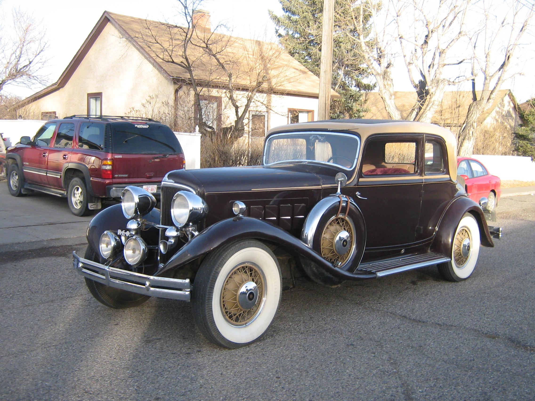 Classics Town Cars Limousine Service