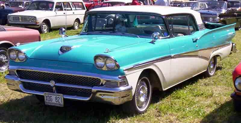 File:1958 Ford Fairlane XDG821.jpg - Wikimedia Commons