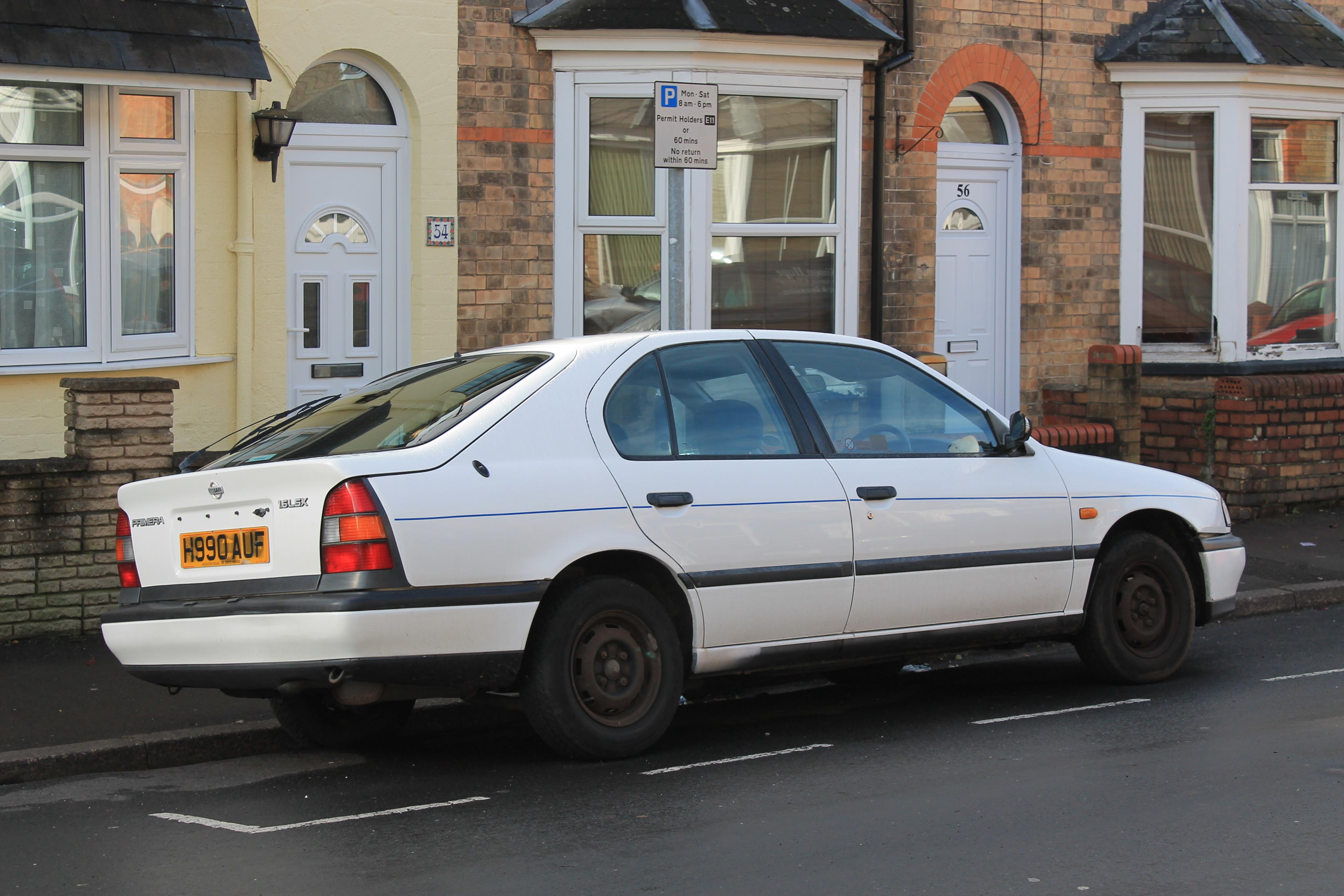 File:1991 Nissan Primera 1.6 LSX (16277712199).jpg - Wikimedia Commons