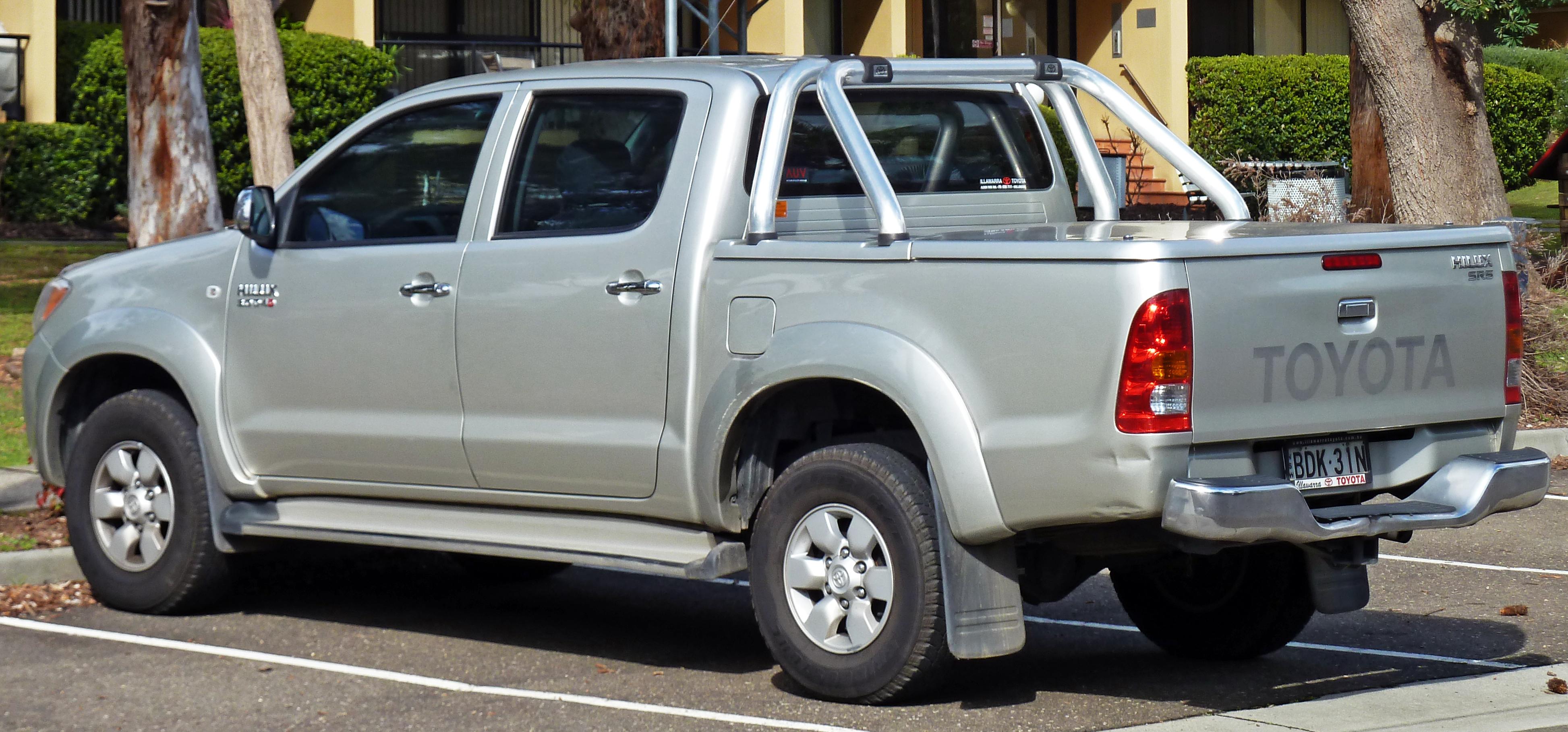 File 2005 2008 Toyota Hilux Kun26r Sr5 4 Door Utility 01