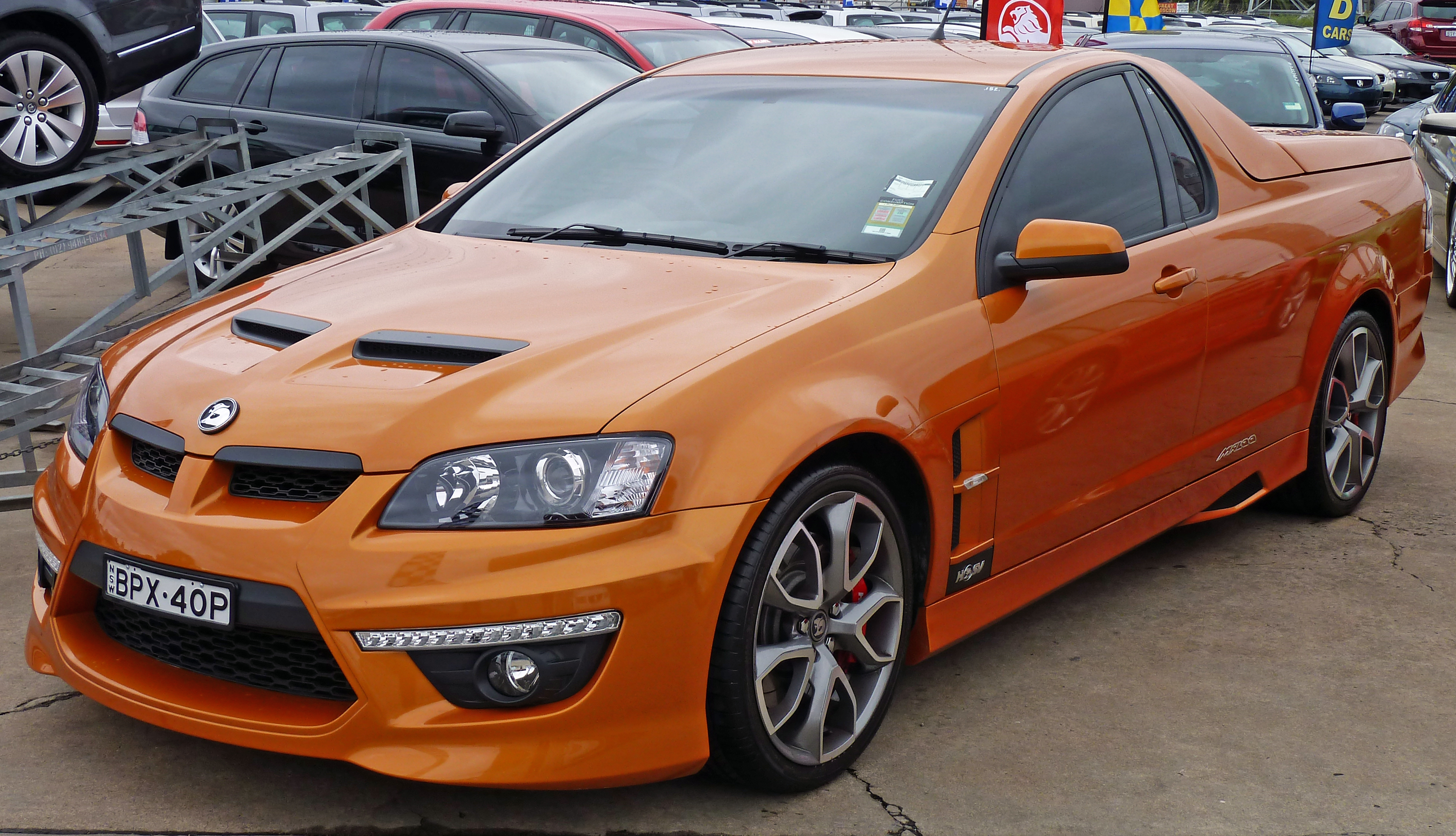 File 2009 Hsv Maloo E Series 2 My10 R8 Utility 01 Jpg