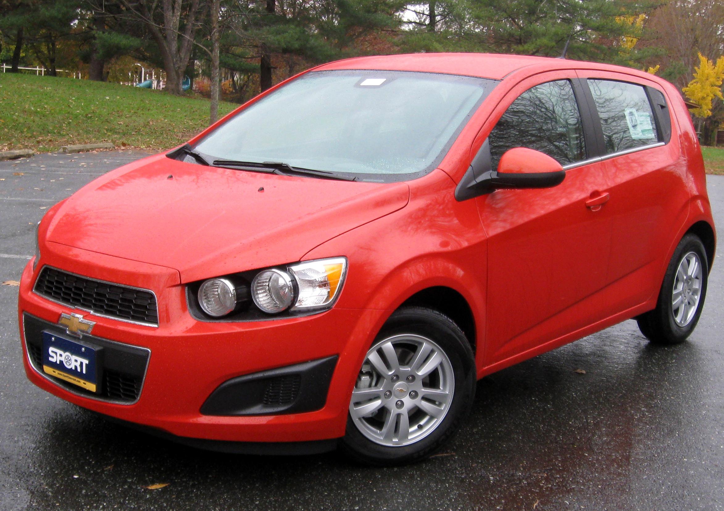 File 2012 Chevrolet Sonic 2lt 11 10 2011 Jpg