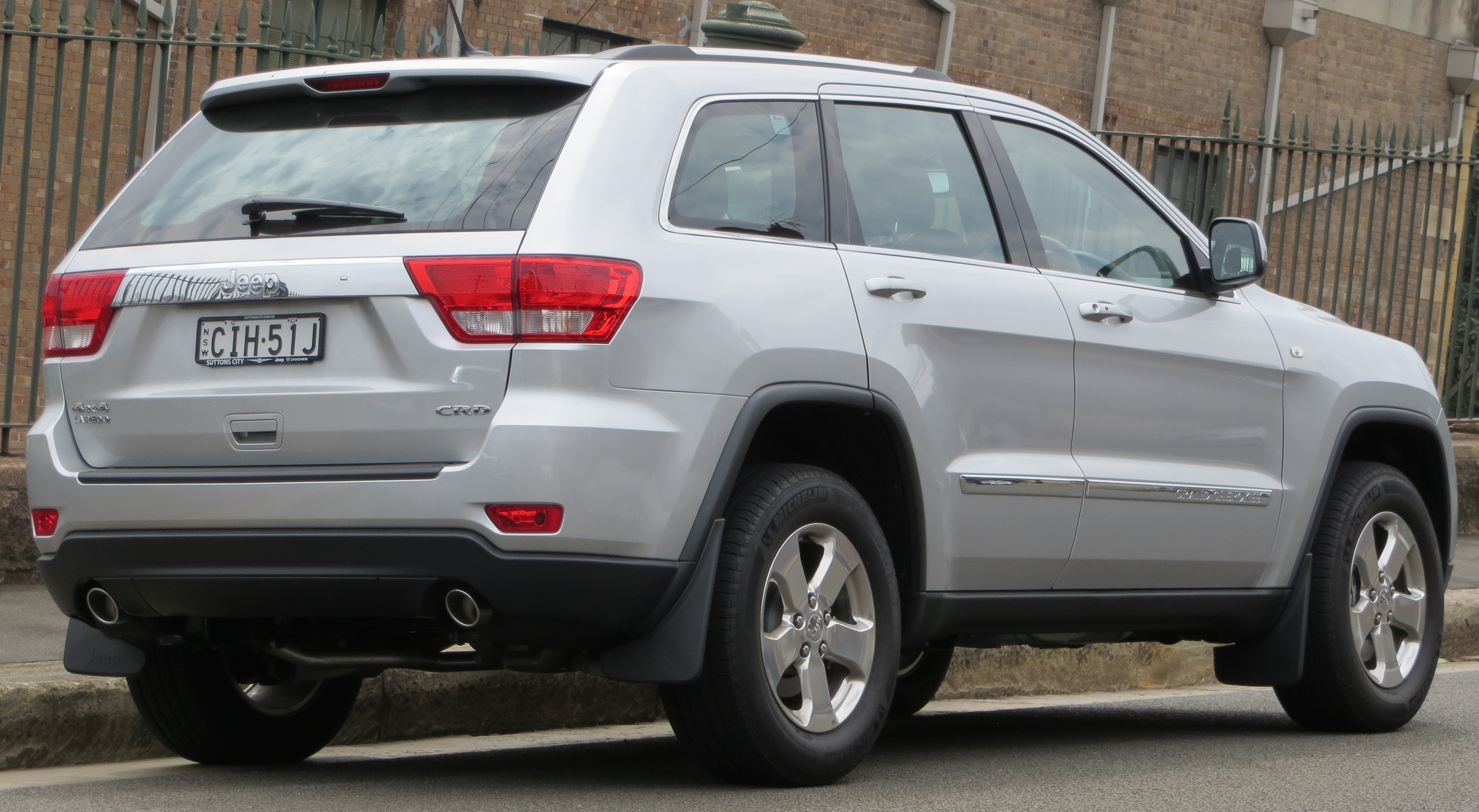 File 2012 Jeep Grand Cherokee Wk2 My12 Laredo Crd 4wd Wagon 2012 10 26 02 Jpg Wikimedia Commons
