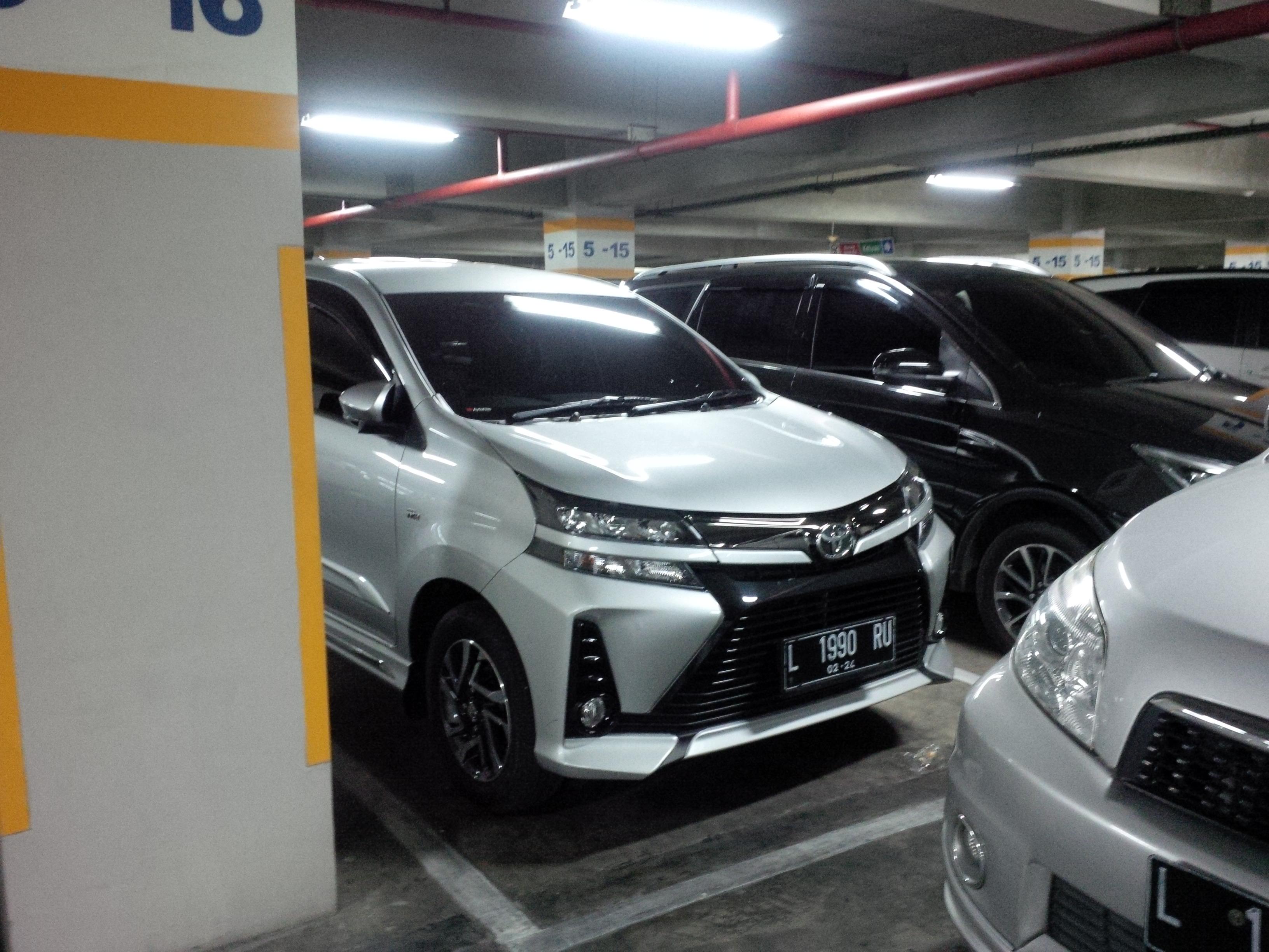 Galaxy Auto Mall >> File 2019 Toyota Avanza 1 5 Veloz Galaxy Mall East