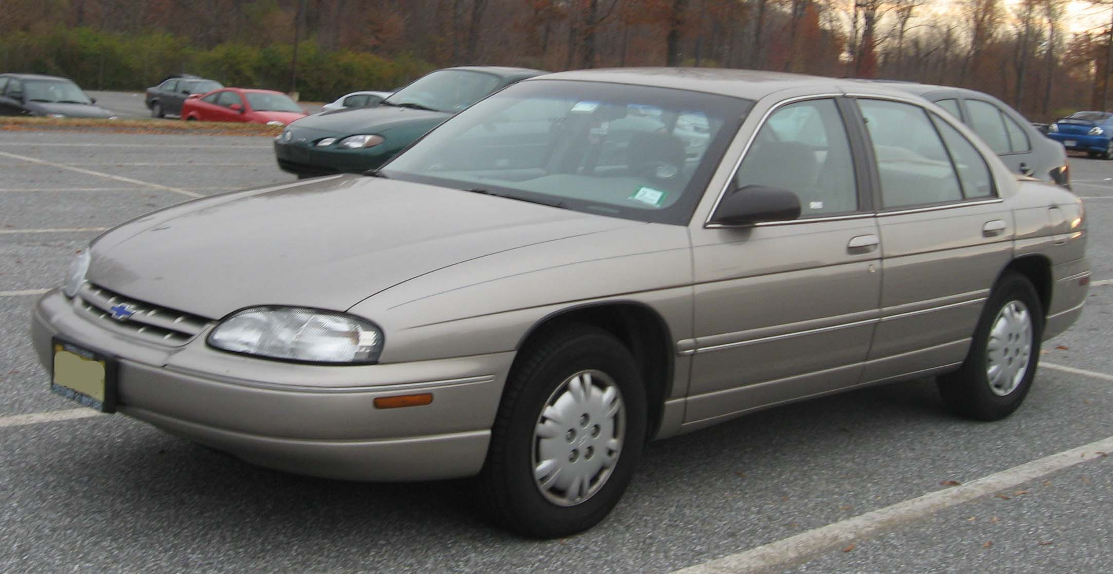 File:2nd-Chevrolet-Lumina.jpg - Wikimedia Commons