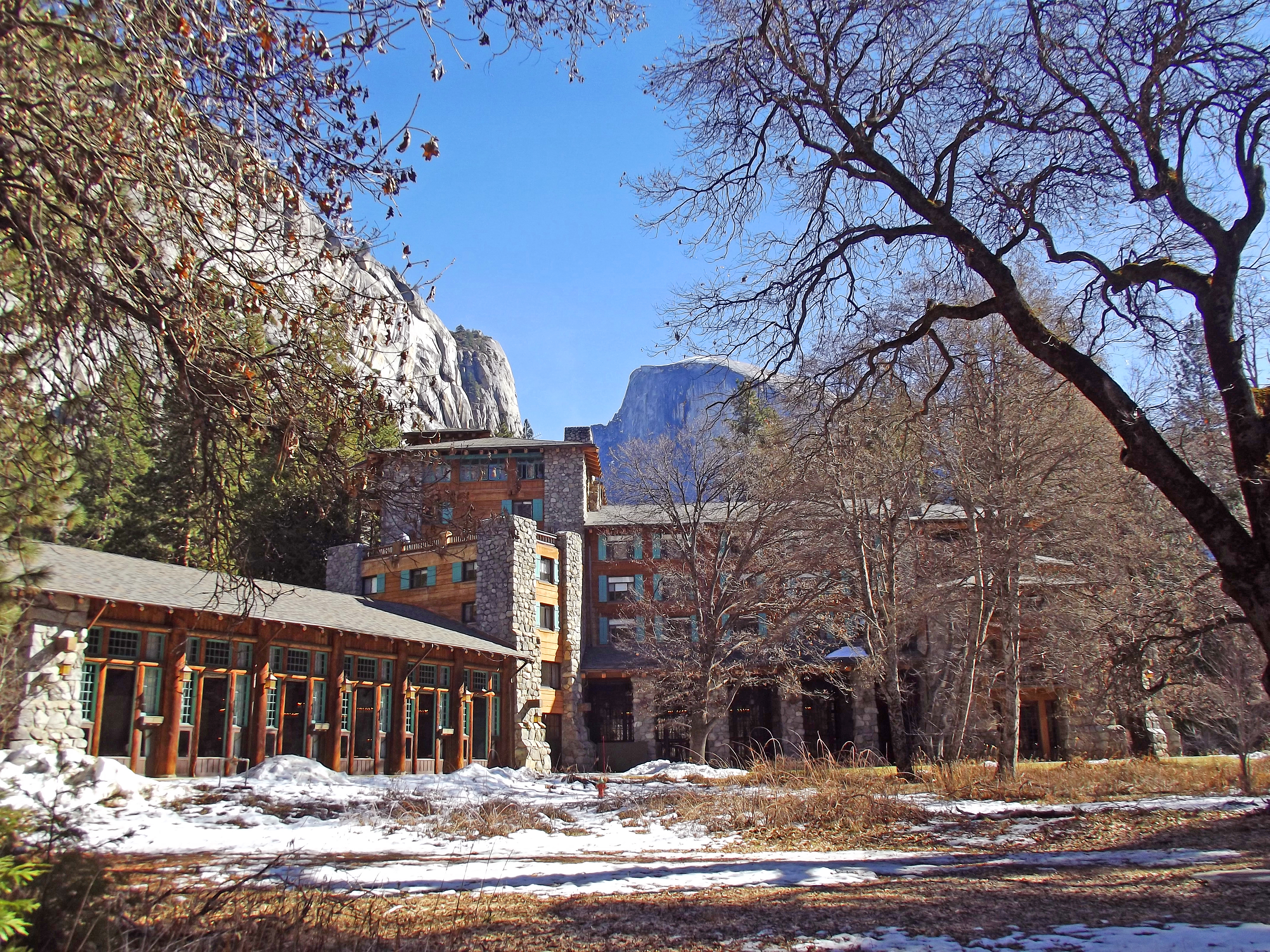 Ahwahnee Hotel - Wikipedia on grand canyon accommodations, redwood forest accommodations, camino de santiago accommodations, death valley accommodations, crater lake accommodations, bryce canyon accommodations, olympic national park accommodations, glacier national park accommodations, natchez trace accommodations, dry tortugas accommodations,