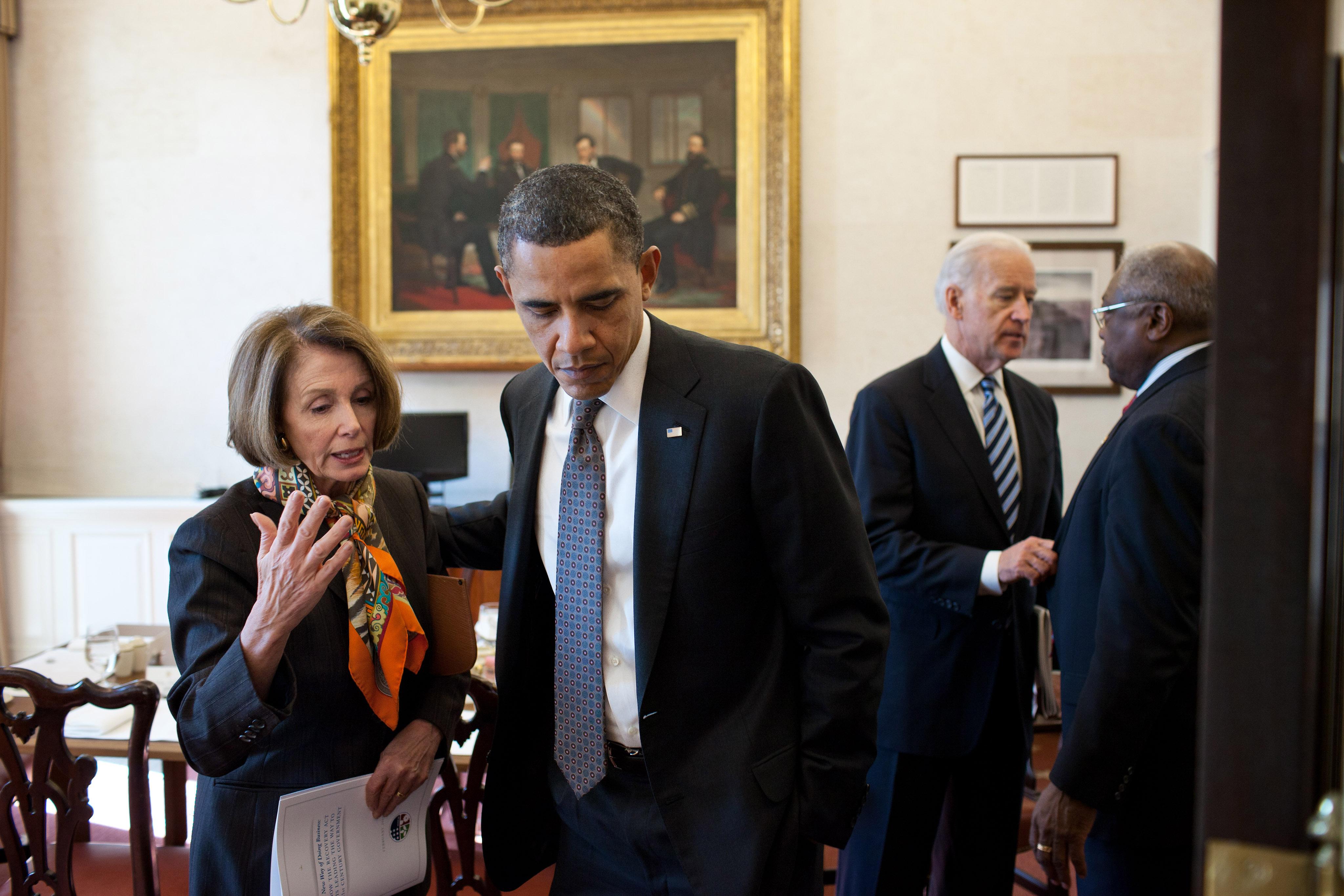 File Barack Obama With Nancy Pelosi In The White House