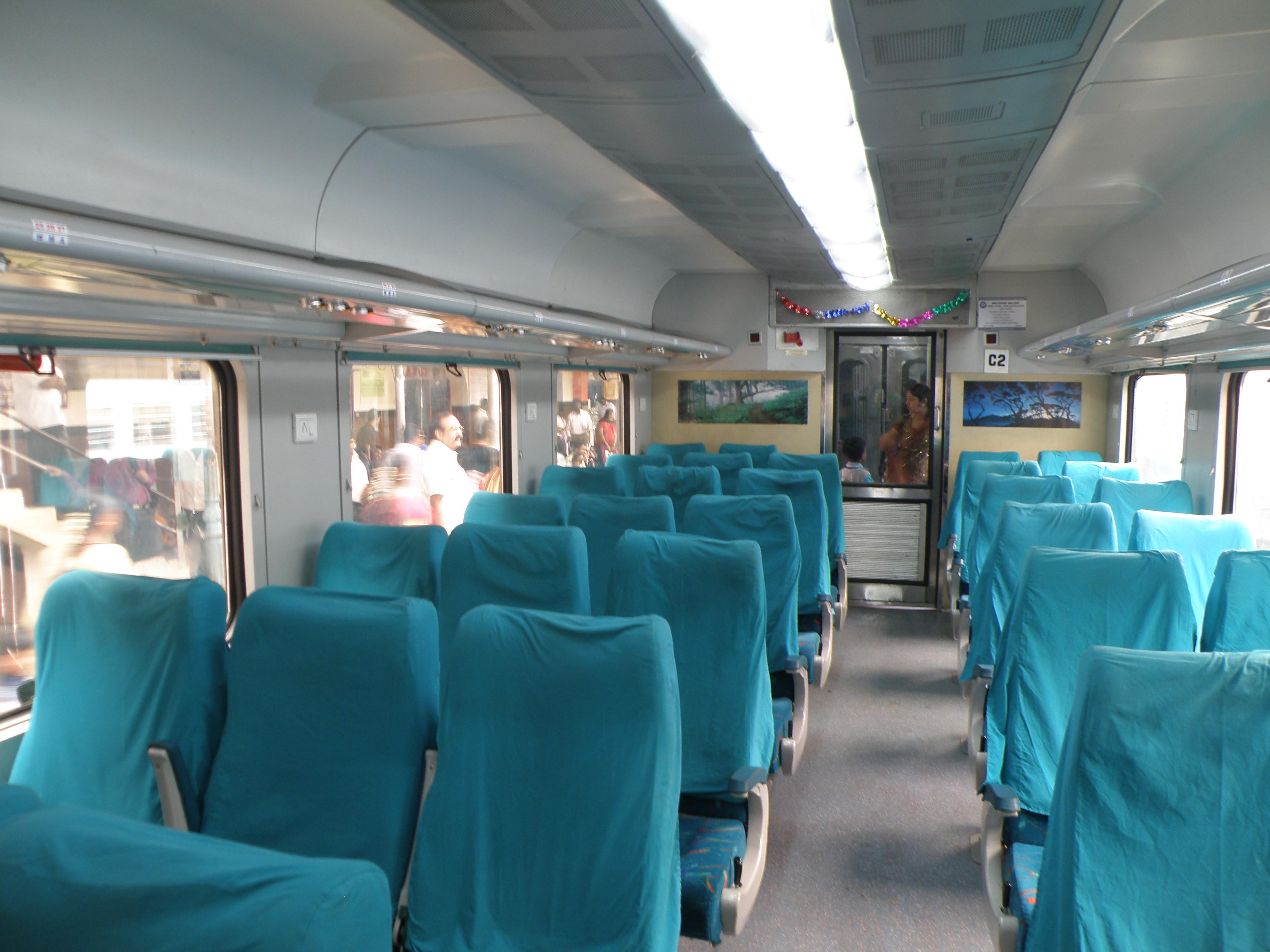 File Cc Class Interior In Mysore Shatabdi Jpg Wikimedia