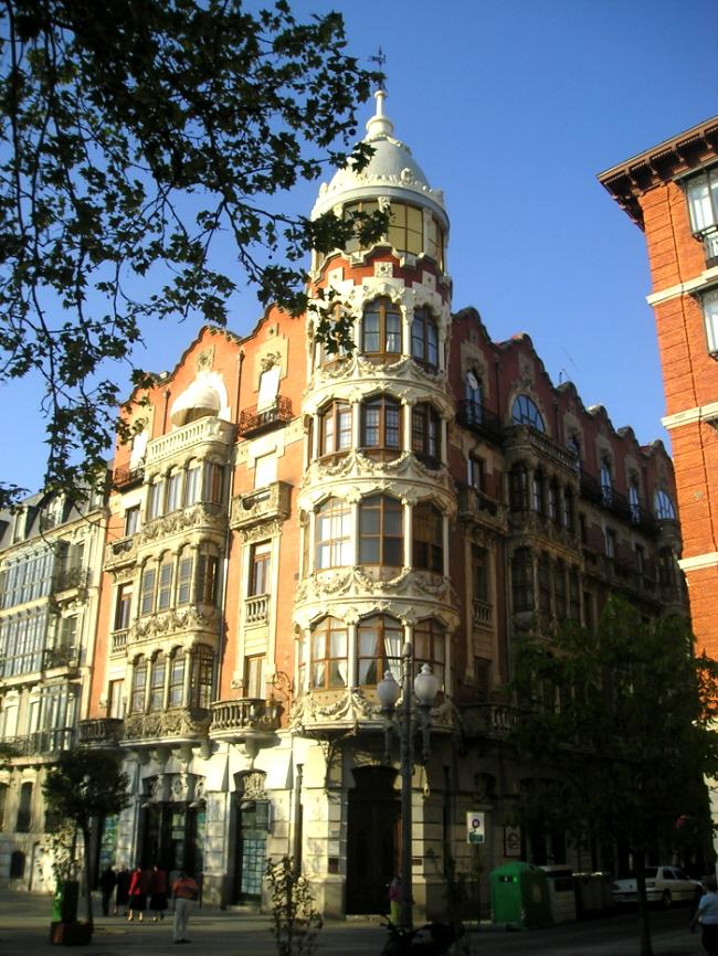 File casa de el pr ncipe valladolid espa wikimedia commons - Casa lista madrid ...
