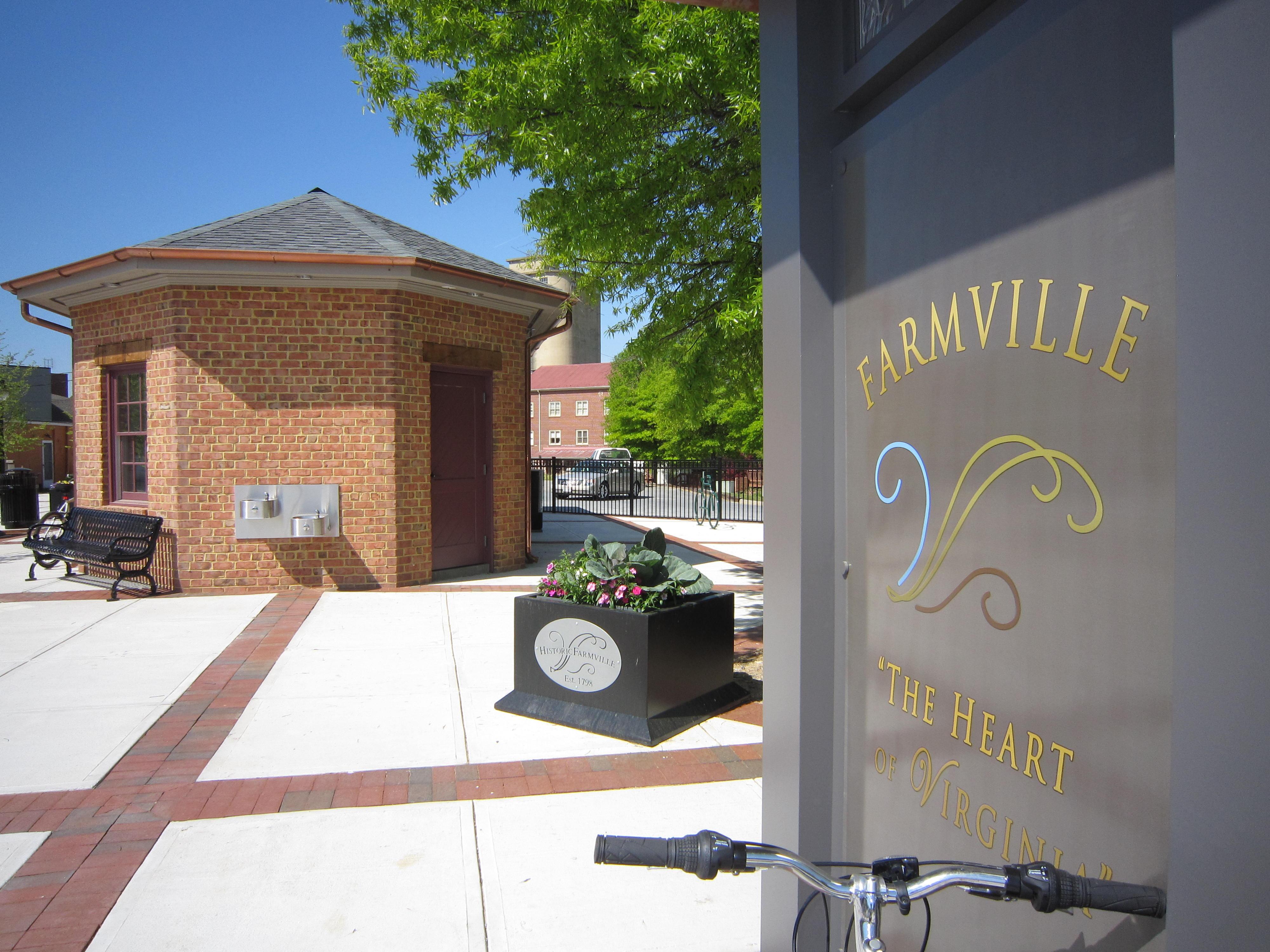farmville dating site Farmville soleildesables 19 ans keysville styline 20 ans middleburg melm  tous les modèles apparaissant sur ce site ont plus de 18 ans au moment de l.