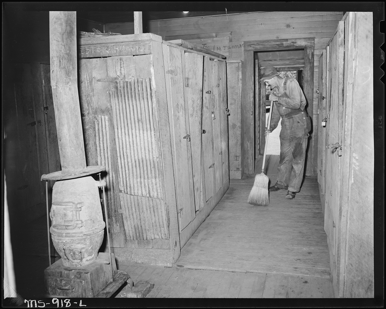 Alabama Locker Room