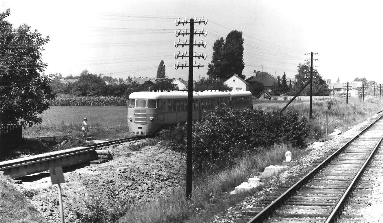 Samoborček Dieseltriebwagen_zagreb_samobor1_29_7_1970