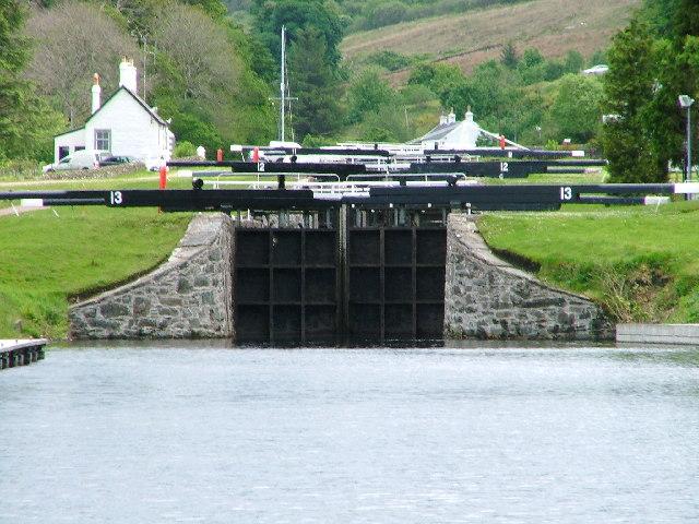 Dunardry Locks, Crinan Canal - geograph.org.uk - 15399