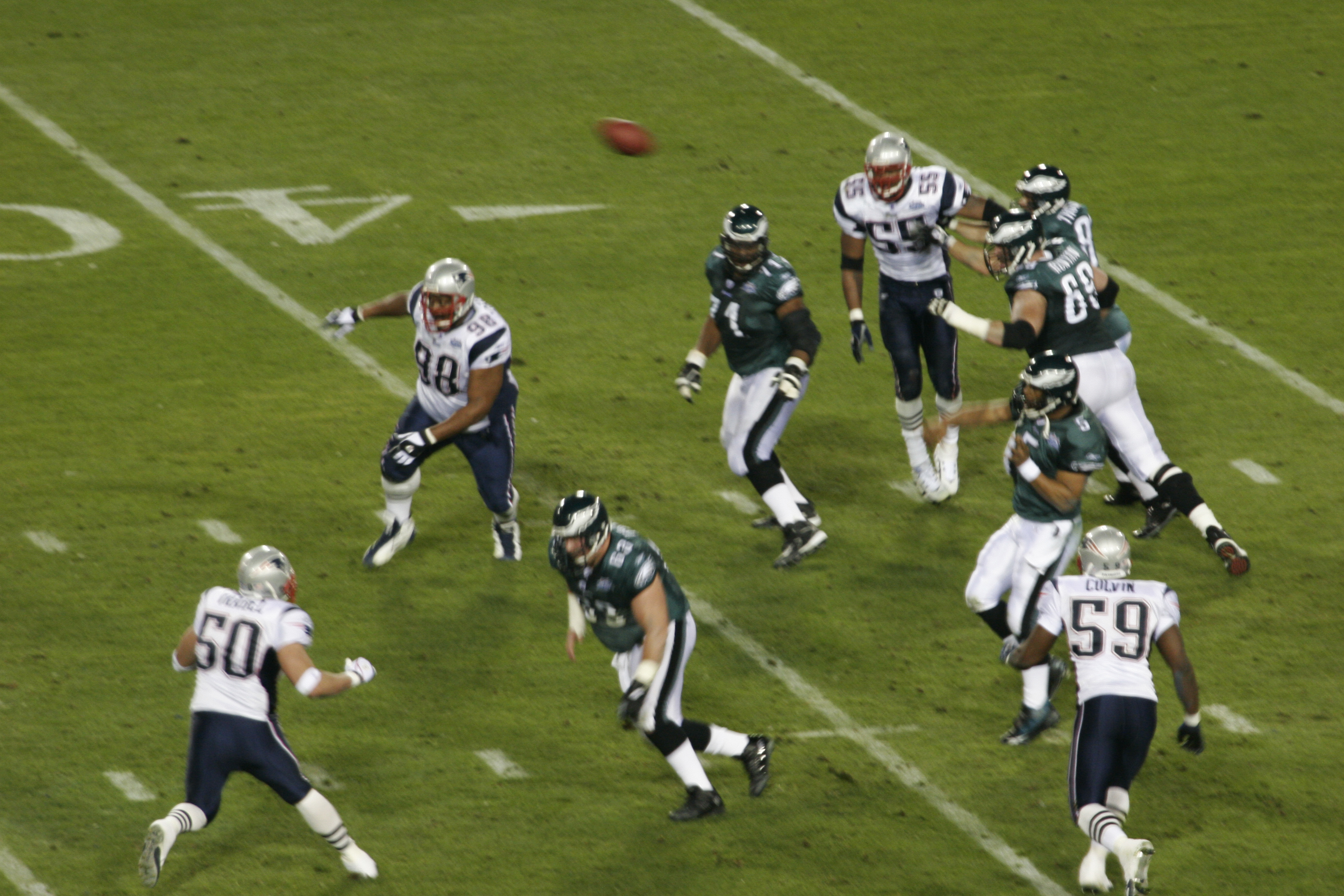 File:Eagles on offense at Super Bowl XXXIX 1.jpg