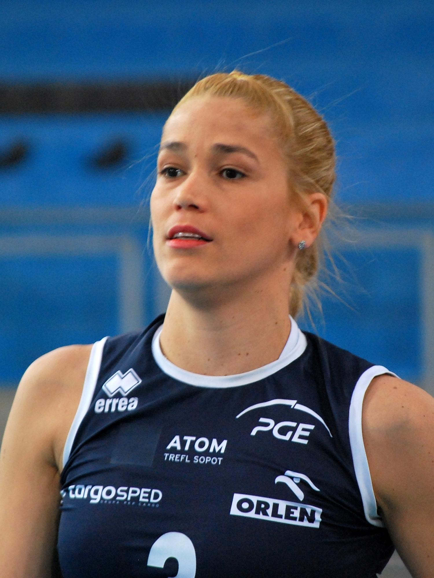Erika Kelly Pereira