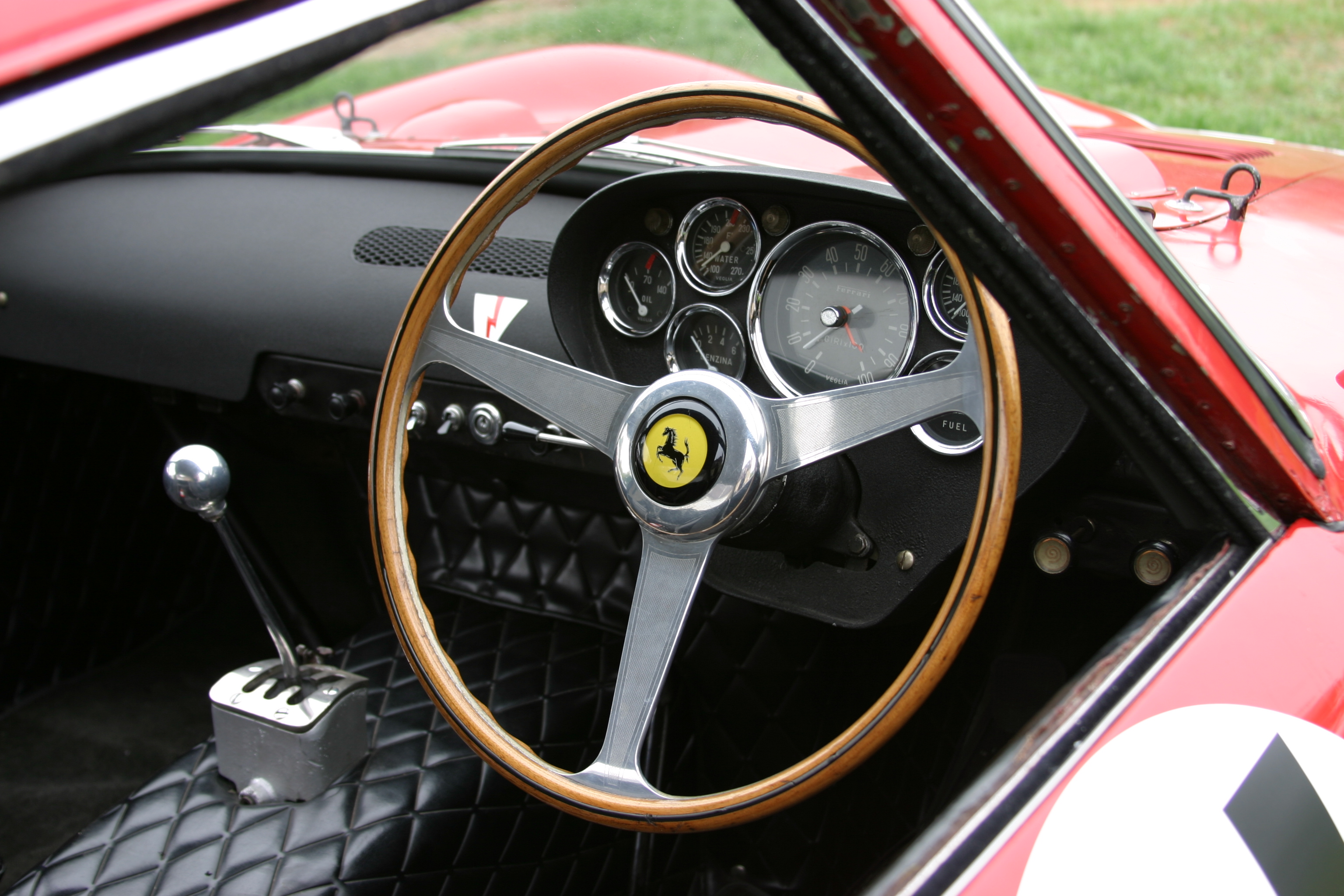 File:Ferrari 250 GTO Ser. No. 3647GT Interior