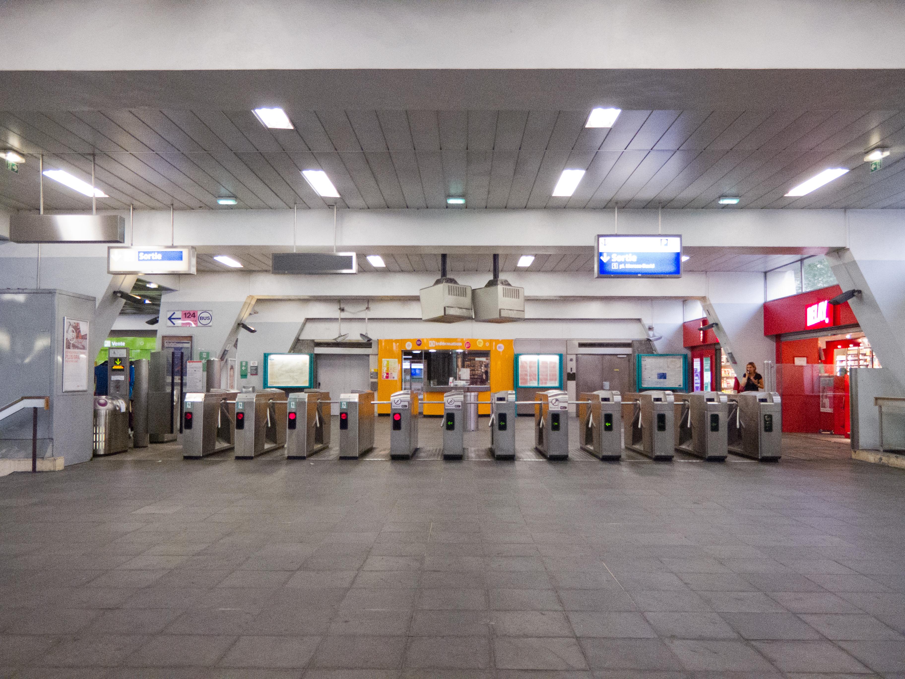 Description Gare RER de FontenaysousBois  20120626  IMG 2779jpg ~ Rer Aulnay Sous Bois