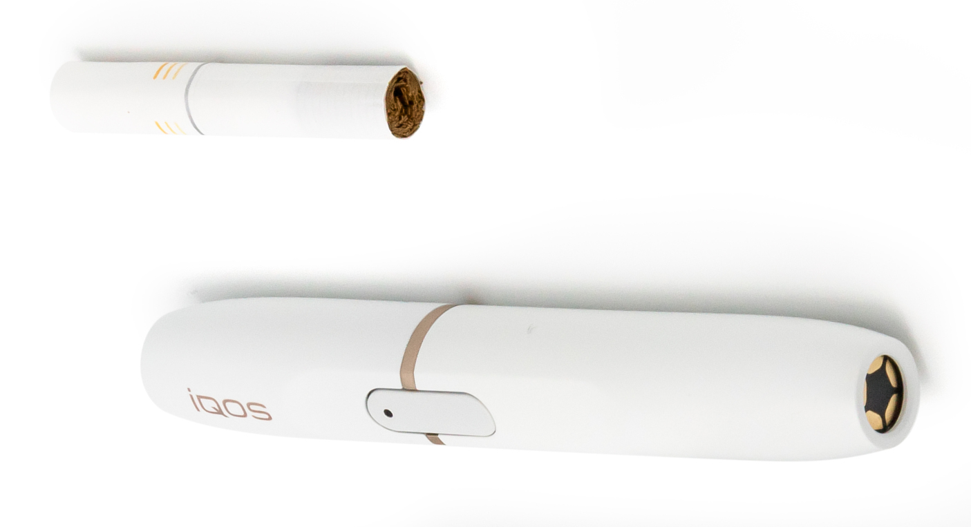 File:HEETS cigarette and IQOS smoking device (cropped) jpg