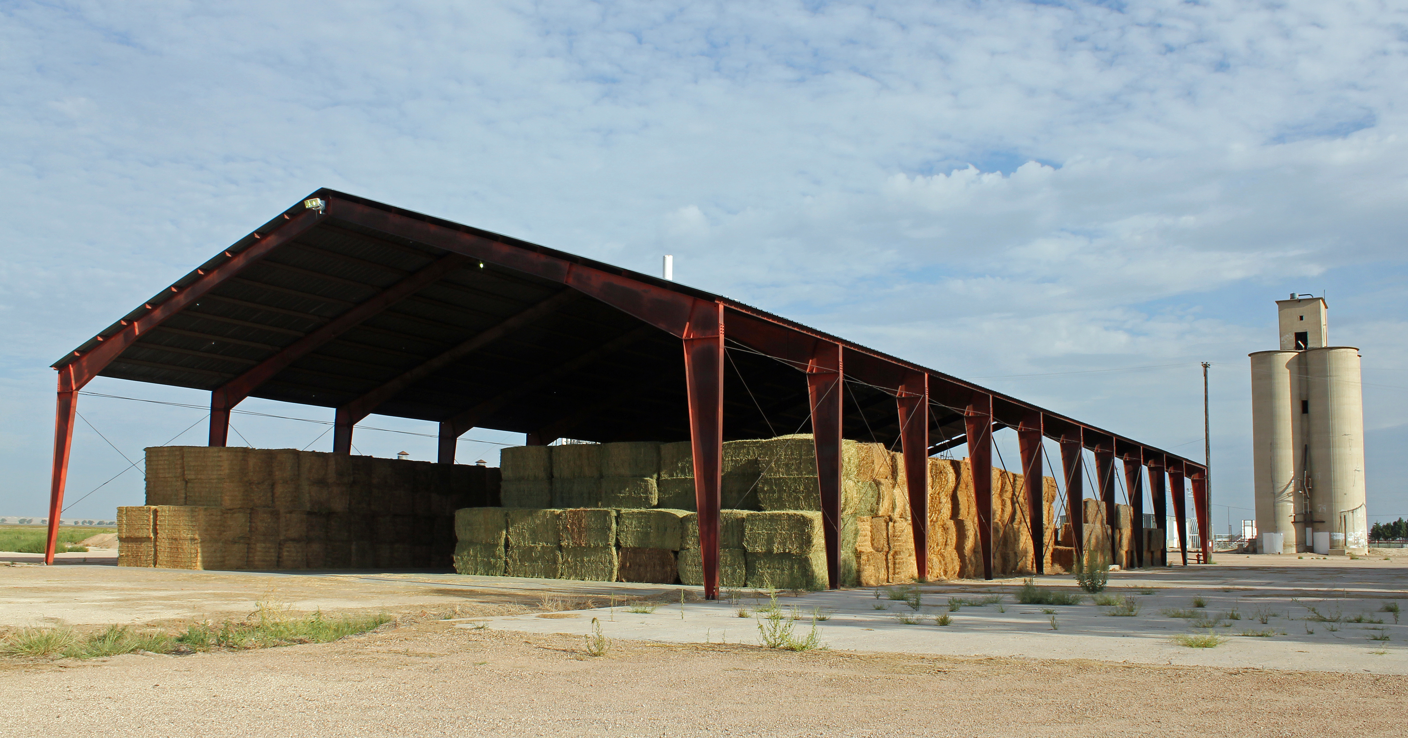File hay barn in mcclave colorado jpg for Hay shed plans