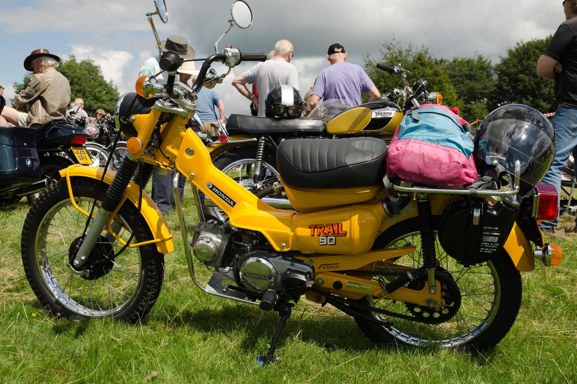 Honda_CT90_Trail_90_(1978)_-_15451153157