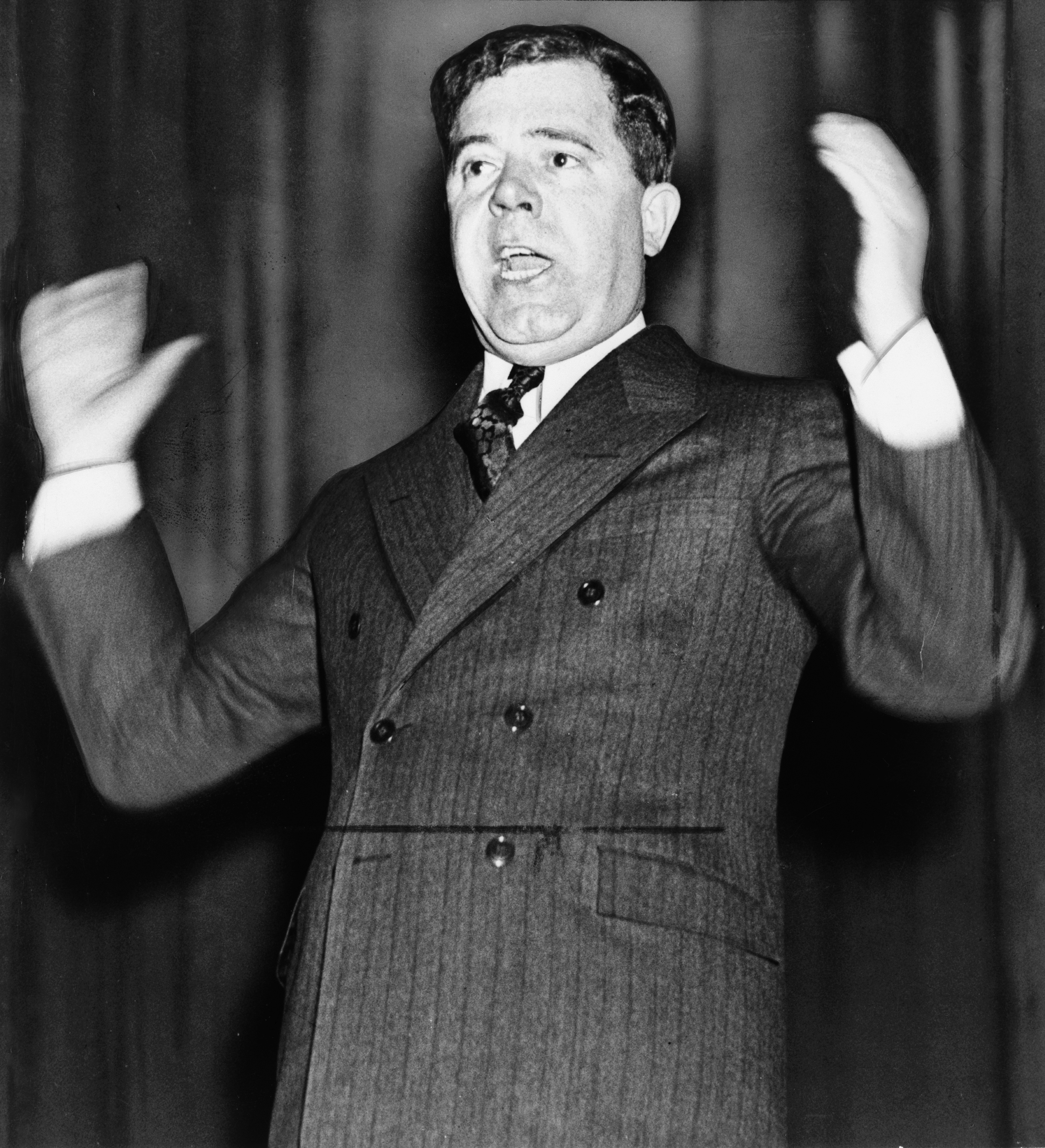 essays on huey p long Huey long proposed a share our wealth plan during the great depression to provide a decent standard of living to all americans by spreading the nation's wealth among.