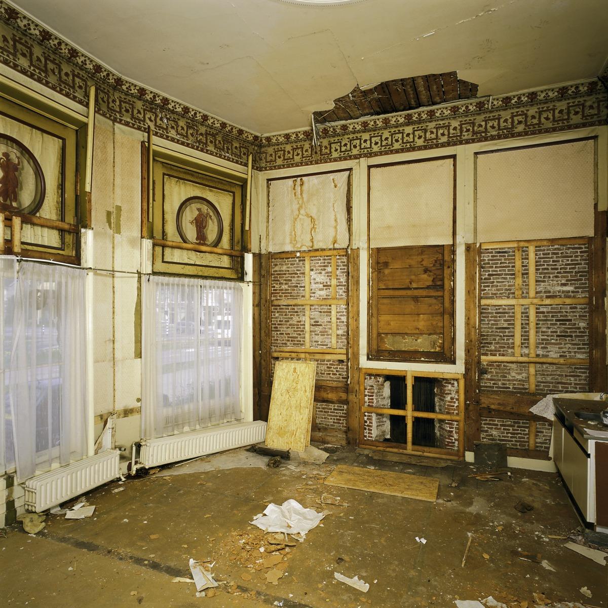 File interieur overzicht van de theekoepel met twee for Interieur haarlem