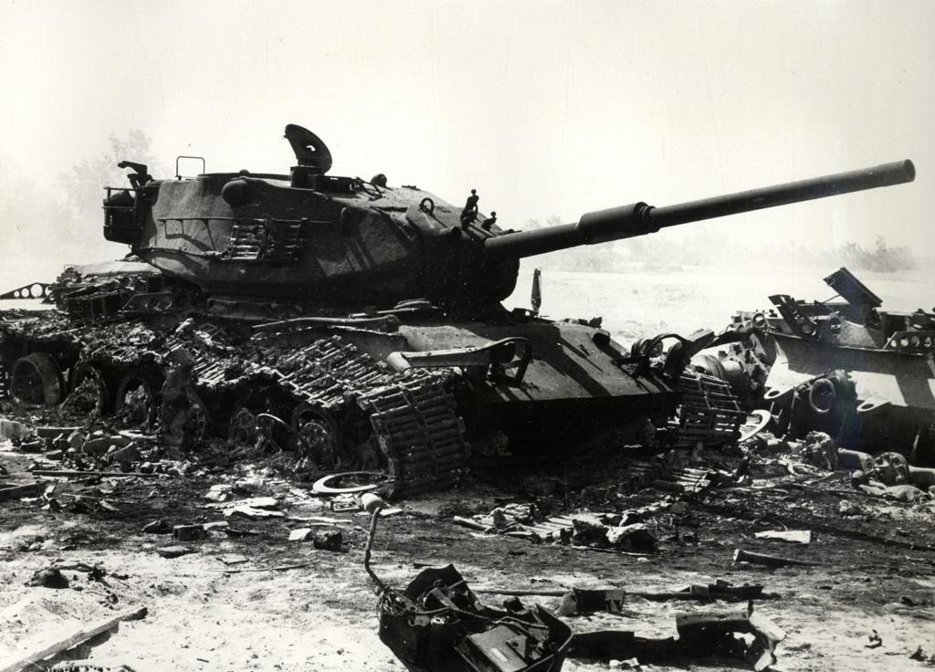 Israeli_M60_wreckage.jpg