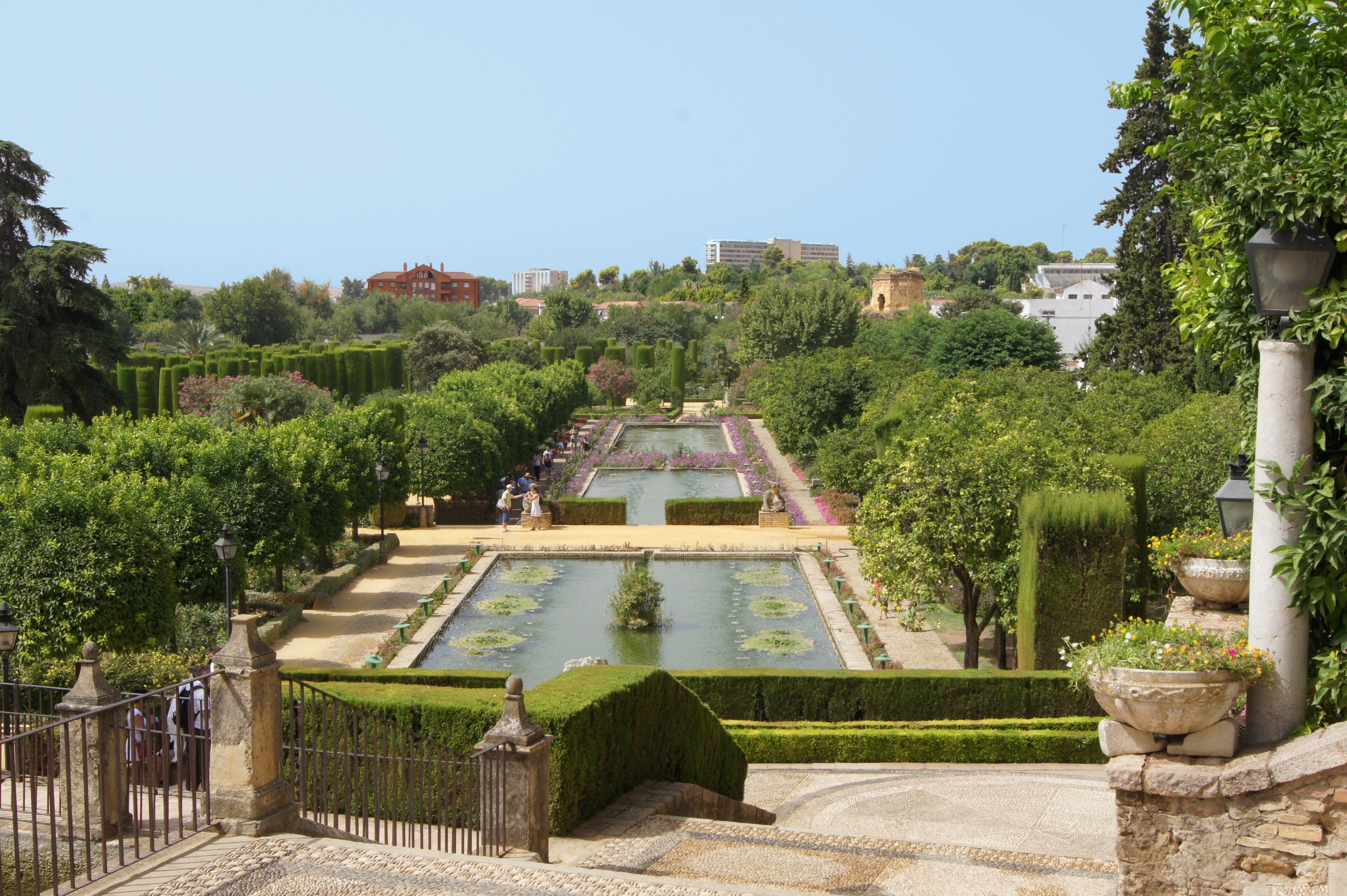 File jardins alcazar reyes cristianos - Jardines cordoba ...