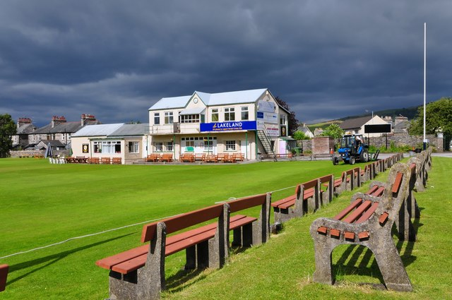 File:Kendal Cricket Club pavilion - geograph.org.uk - 1394231.jpg