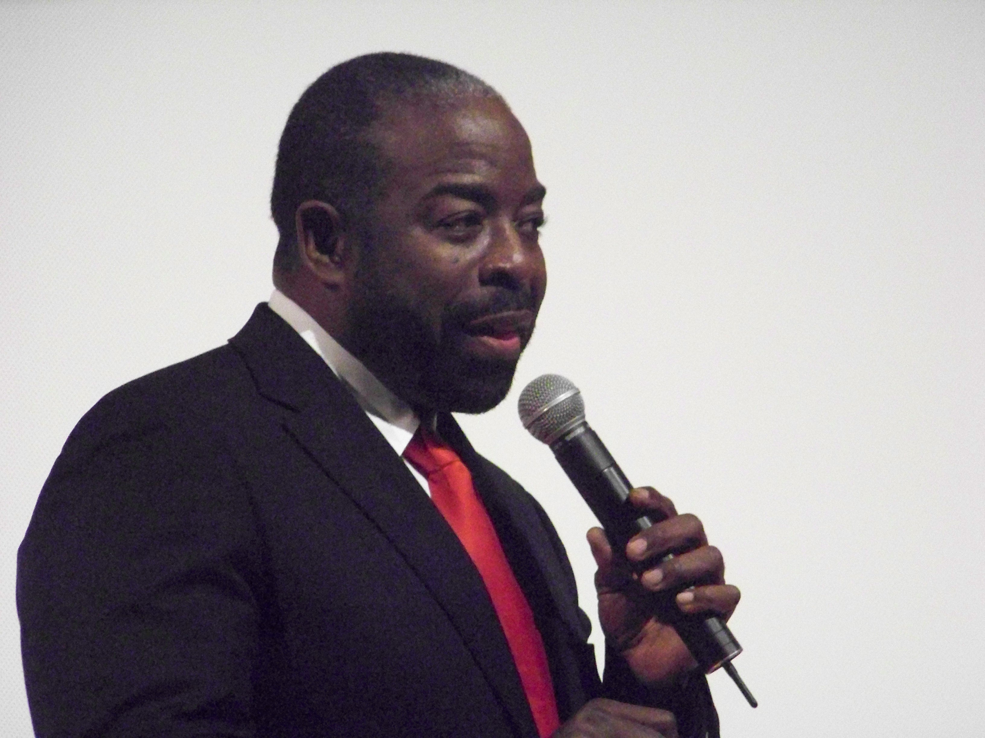 Les Brown Motivator and Educator Win With Fred