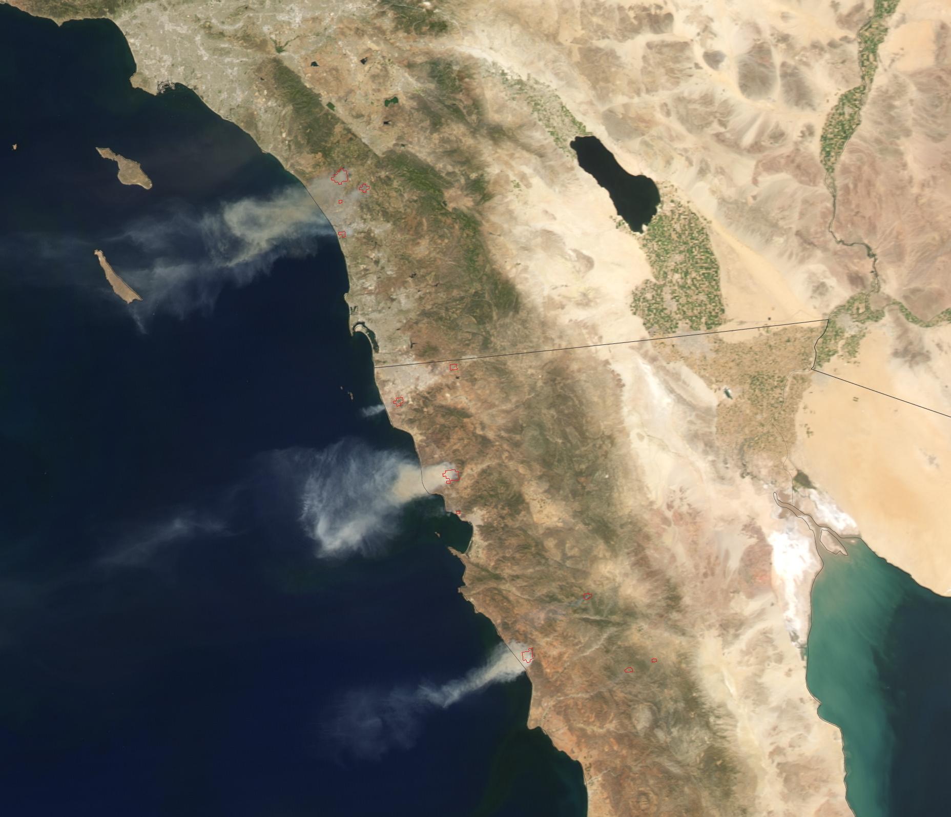 May_2014_California_Wildfires_close-up.j