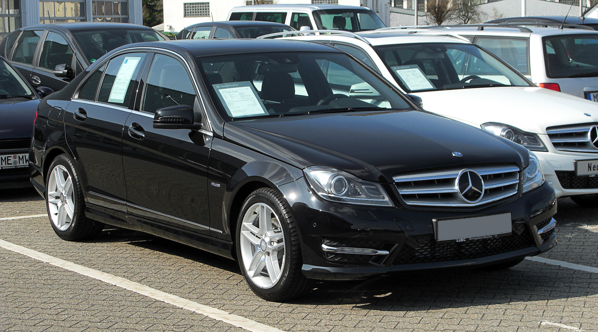 file mercedes benz c 250 cdi blueefficiency avantgarde sport paket amg w 204 facelift. Black Bedroom Furniture Sets. Home Design Ideas