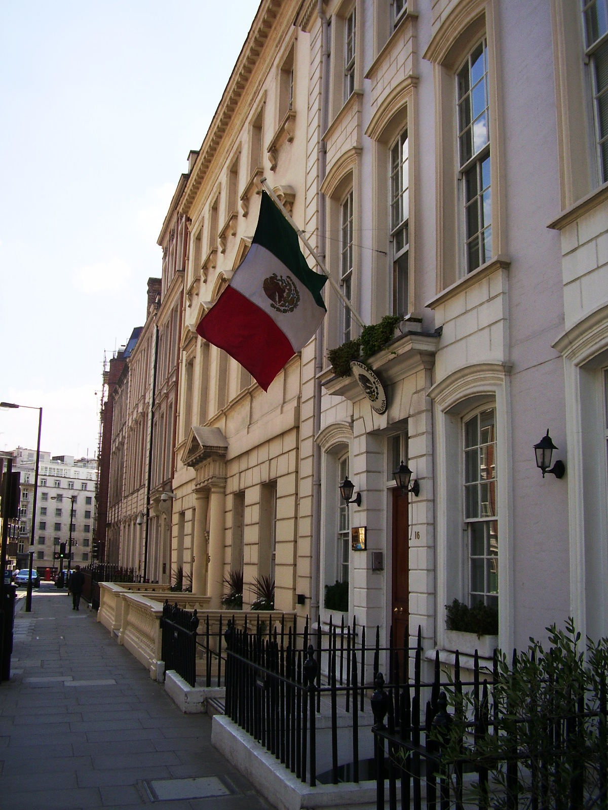 File:Mexican Embassy In London.jpg