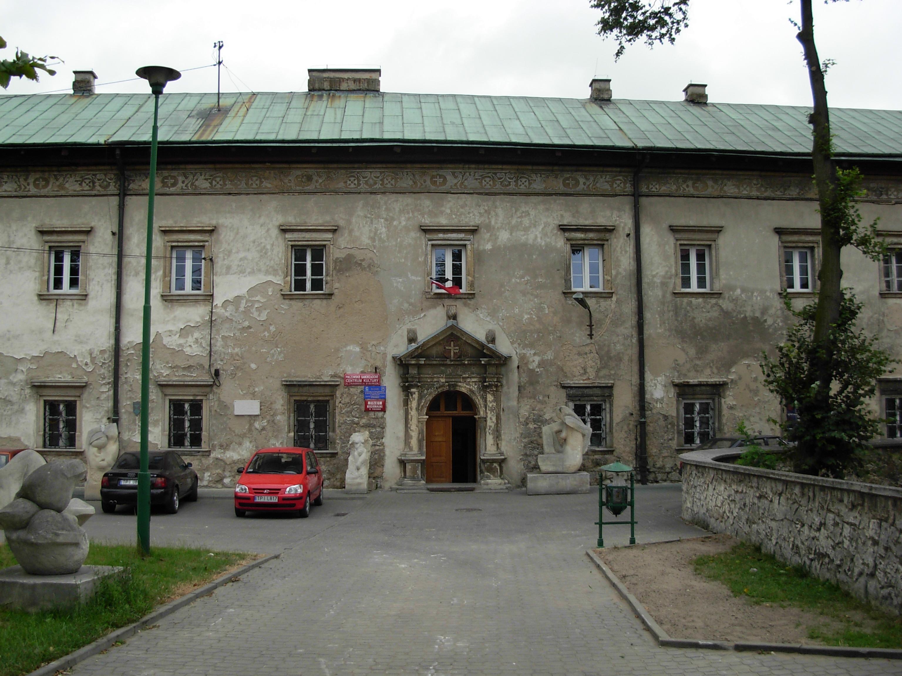 Popauliński zespół klasztorny - siedziba muzeum